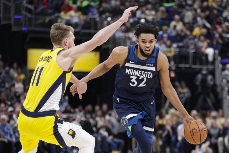 Karl-Anthony Towns Says He's Committed to Timberwolves Despite Trade Rumors