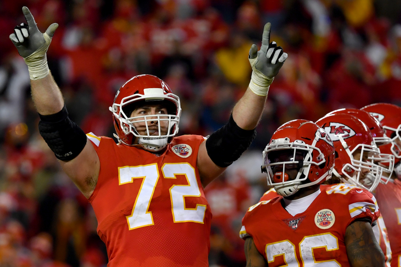 Chiefs' Eric Fisher Fined $14K for Pouring 2 Beers on Himself in Win over Texans