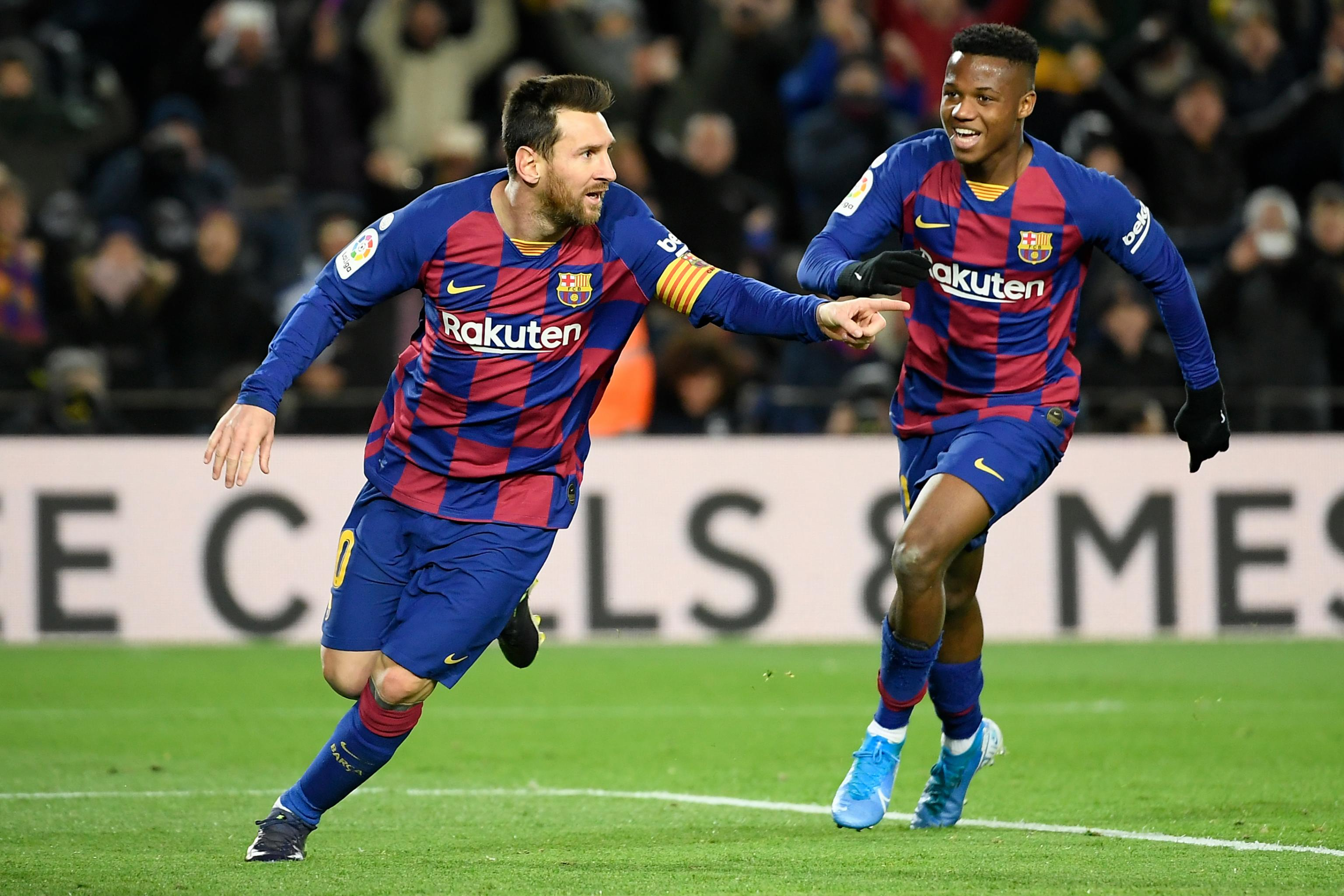 Lionel Messi S Late Goal Gives Barcelona Narrow Win Vs Granada Bleacher Report Latest News Videos And Highlights