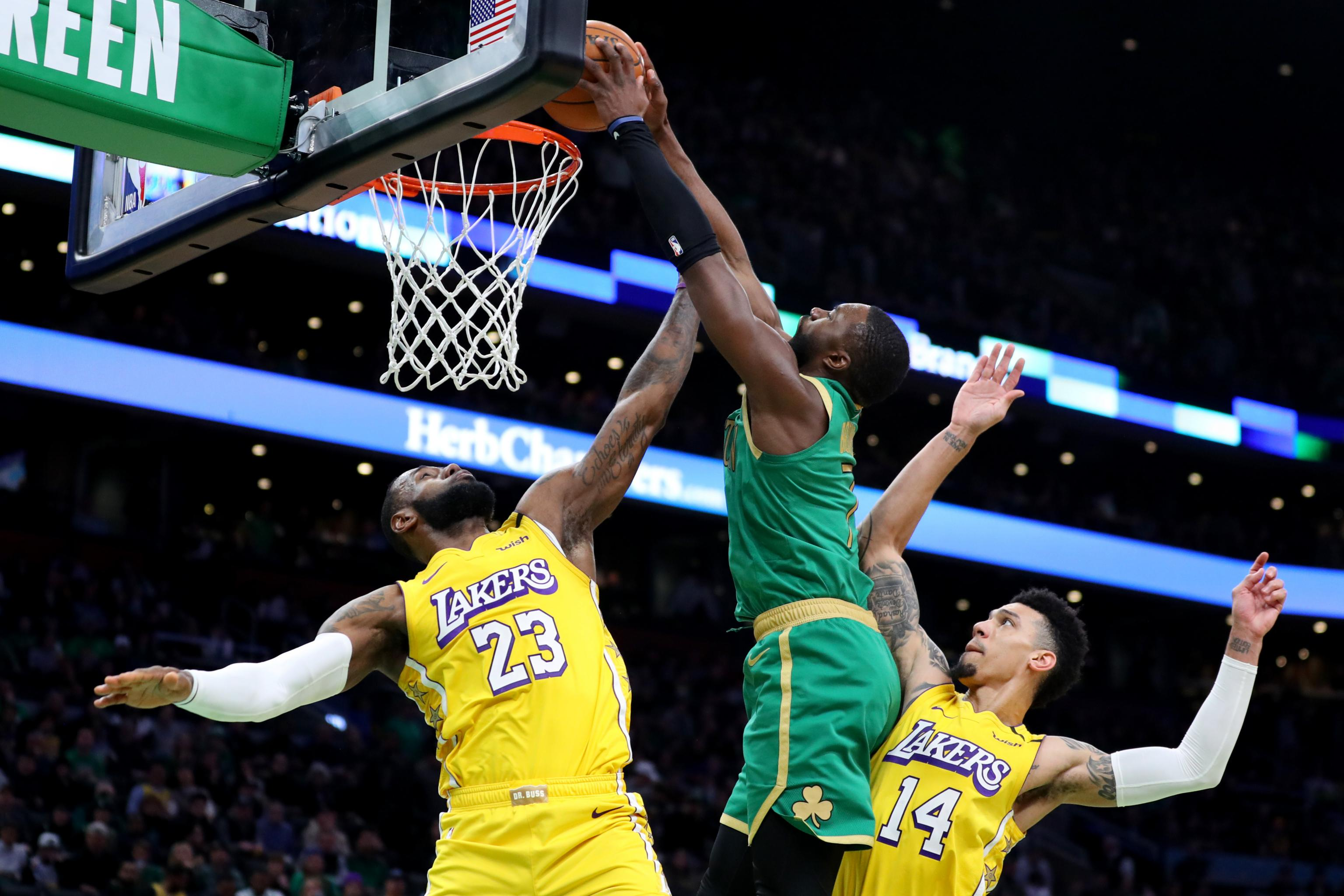Celtics Jaylen Brown Poster Dunk On Lakers Lebron James Was Pretty Nice Bleacher Report Latest News Videos And Highlights