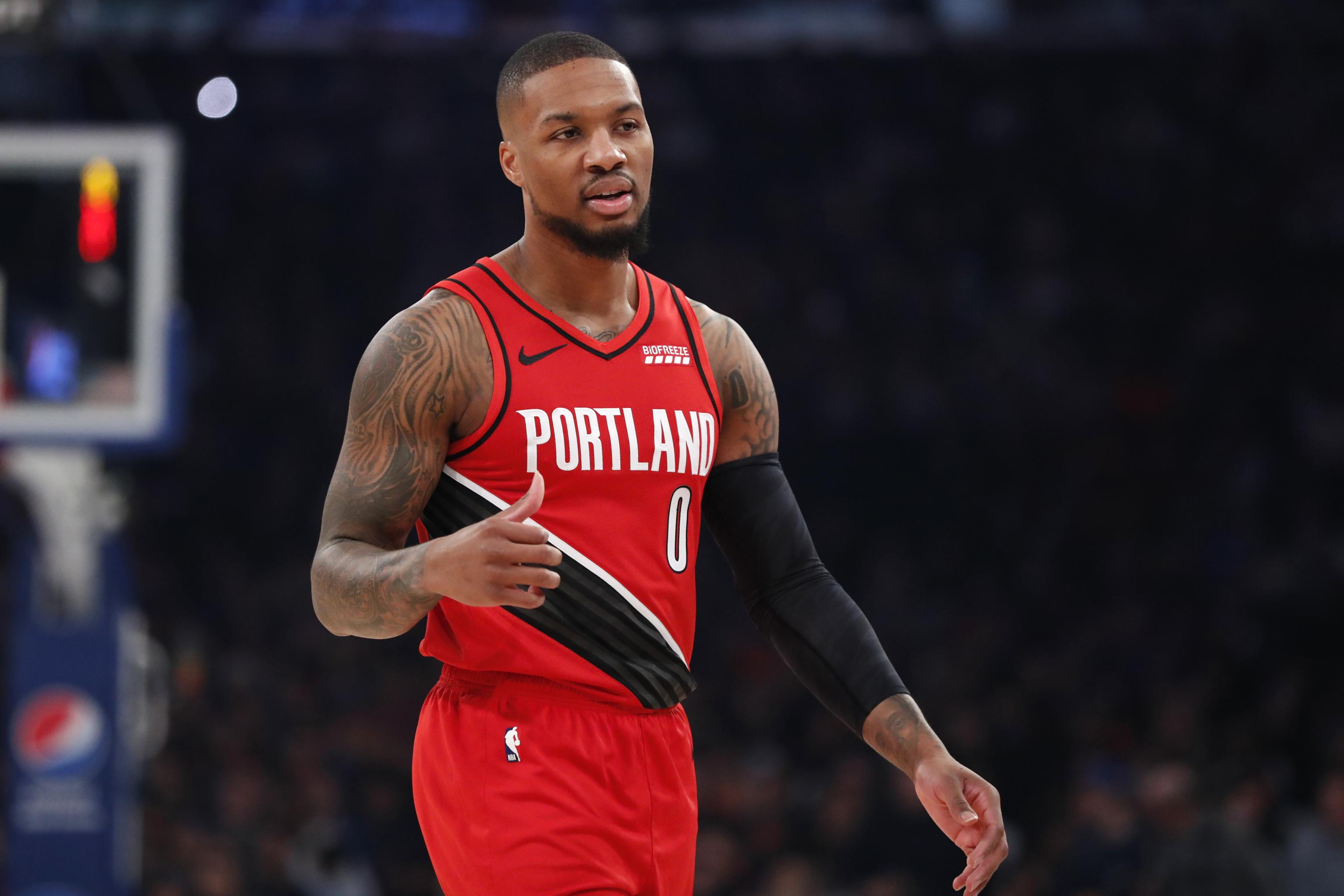 Damian Lillard Says Trail Blazers Don T Have To Make Big Trade To Keep Him Bleacher Report Latest News Videos And Highlights
