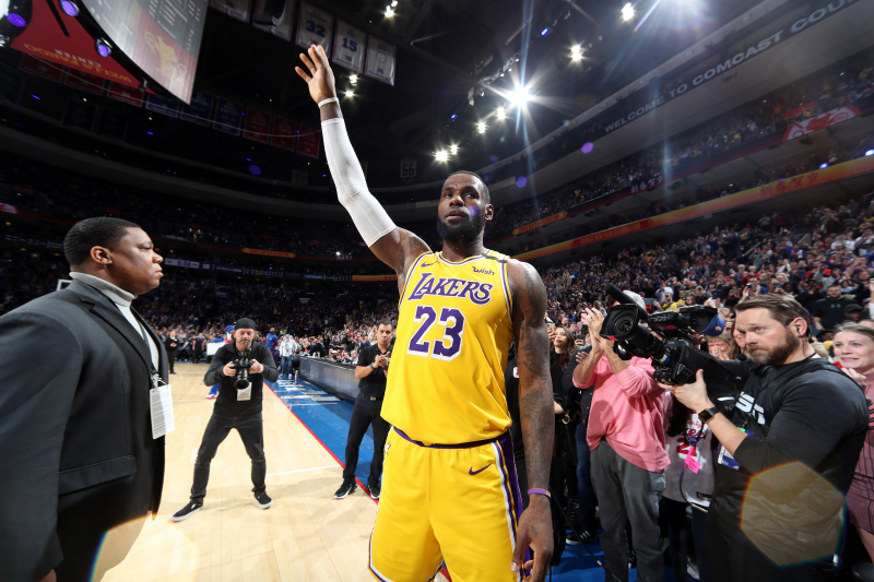 LeBron James After Passing Lakers' Kobe Bryant on Scoring List: 'It's Surreal'