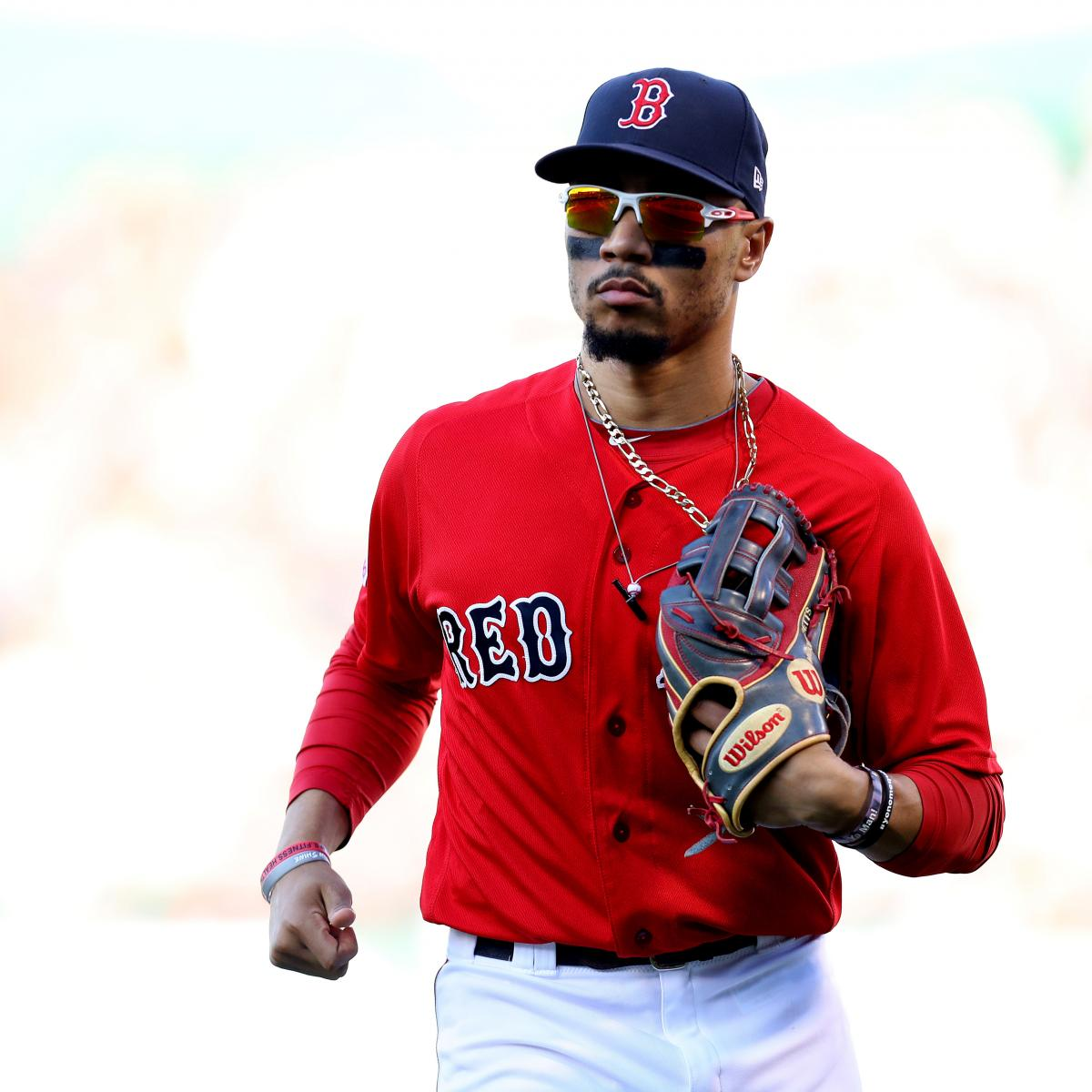 Mookie Betts Trade Rumors: Red Sox Still Talking with Dodgers, Padres About Deal
