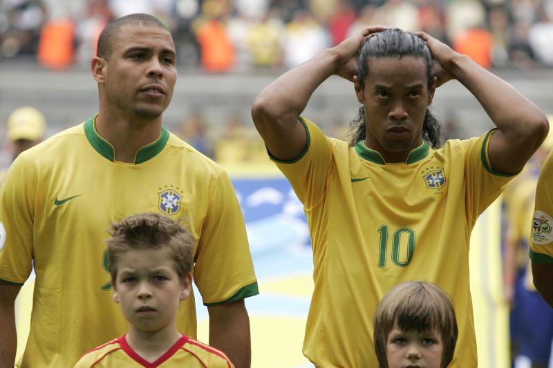 Ronaldinho: Arsenal Starlet Gabriel Martinelli 'Reminds Me of Ronaldo'