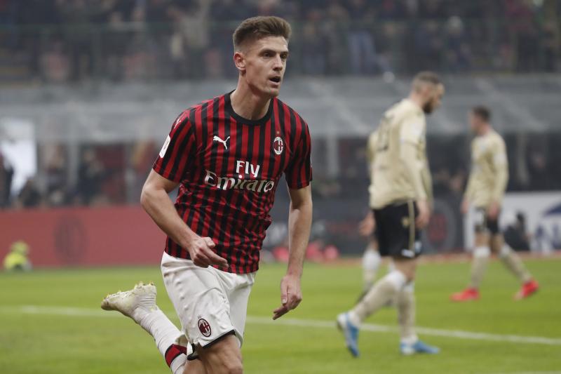 Milan's Krzysztof Piatek Linked to Chelsea, Tottenham in Reports Before Deadline