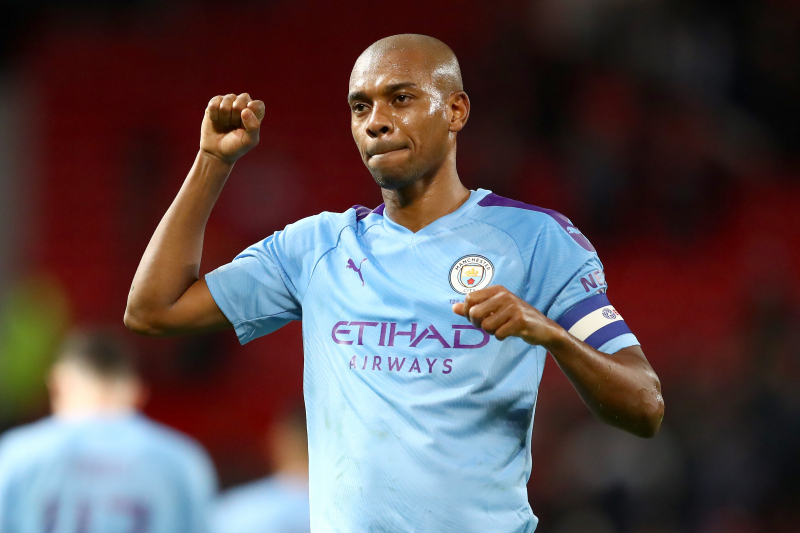 Fernandinho, Manchester City Agree to 1-Year Contract Extension Through 2021
