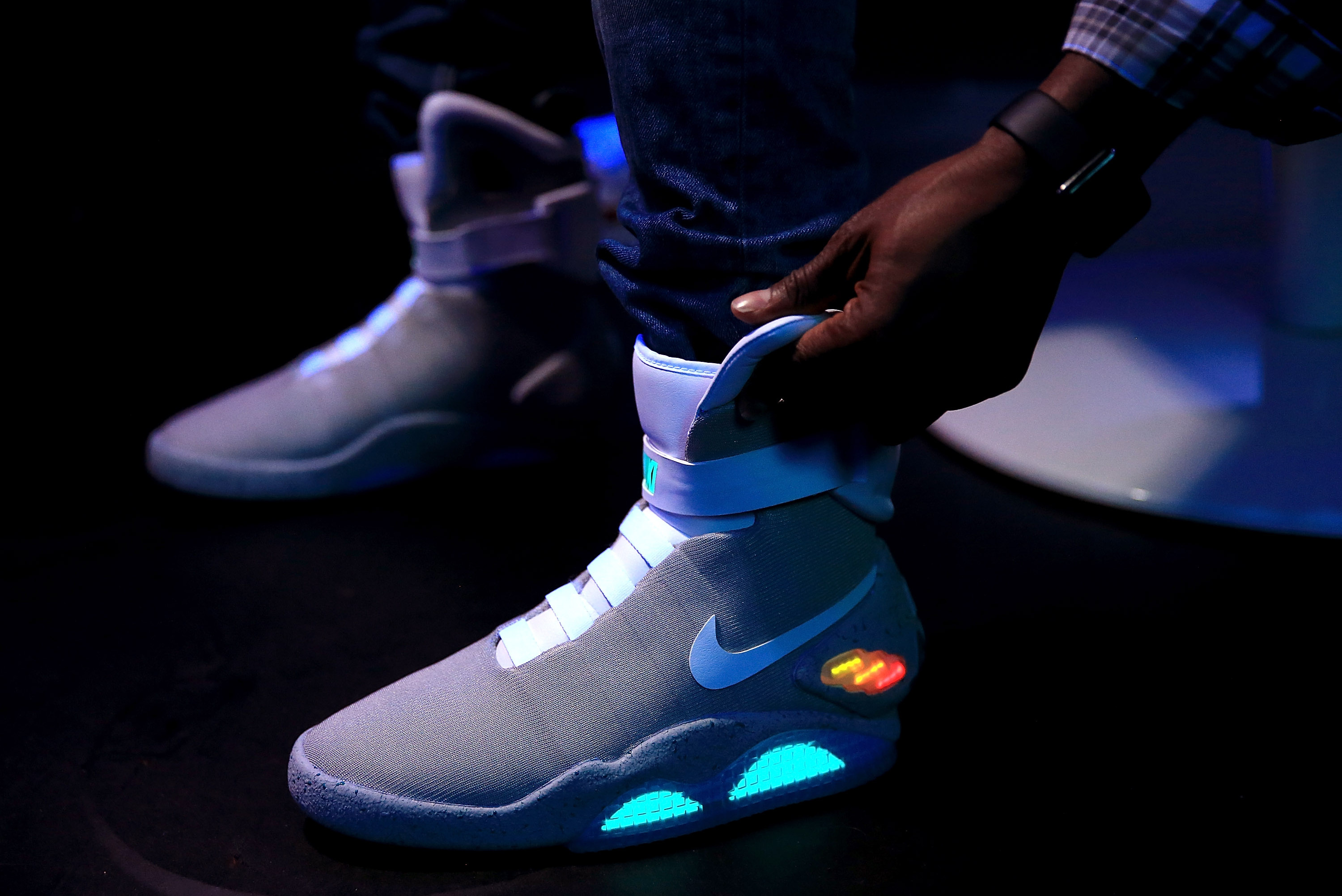 Floración firma Pendiente  6 Pairs of Rare Nike MAG Reportedly Found in Expired Oregon Storage Unit |  Bleacher Report | Latest News, Videos and Highlights