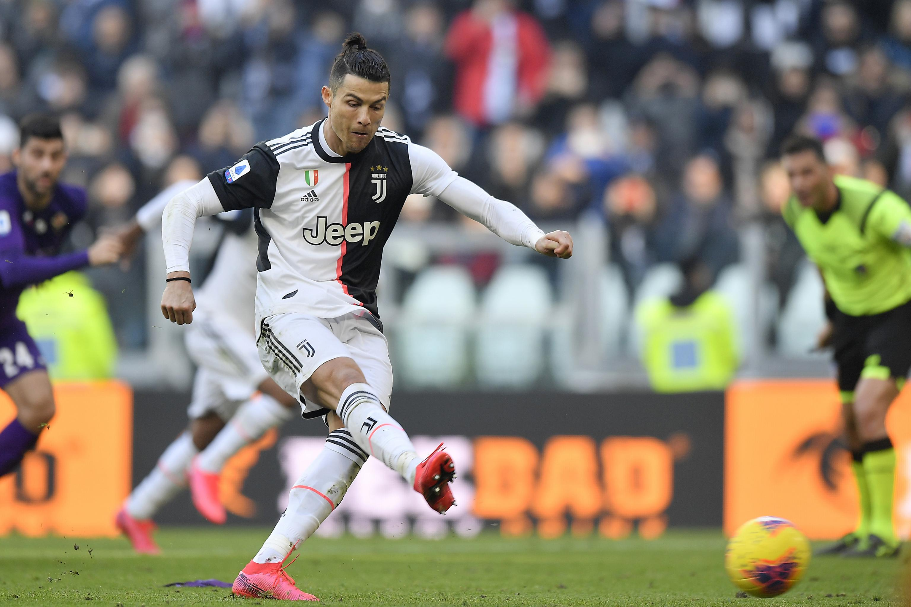 Cristiano Ronaldo S 2 Penalties See Juventus Beat Fiorentina In Serie A Bleacher Report Latest News Videos And Highlights