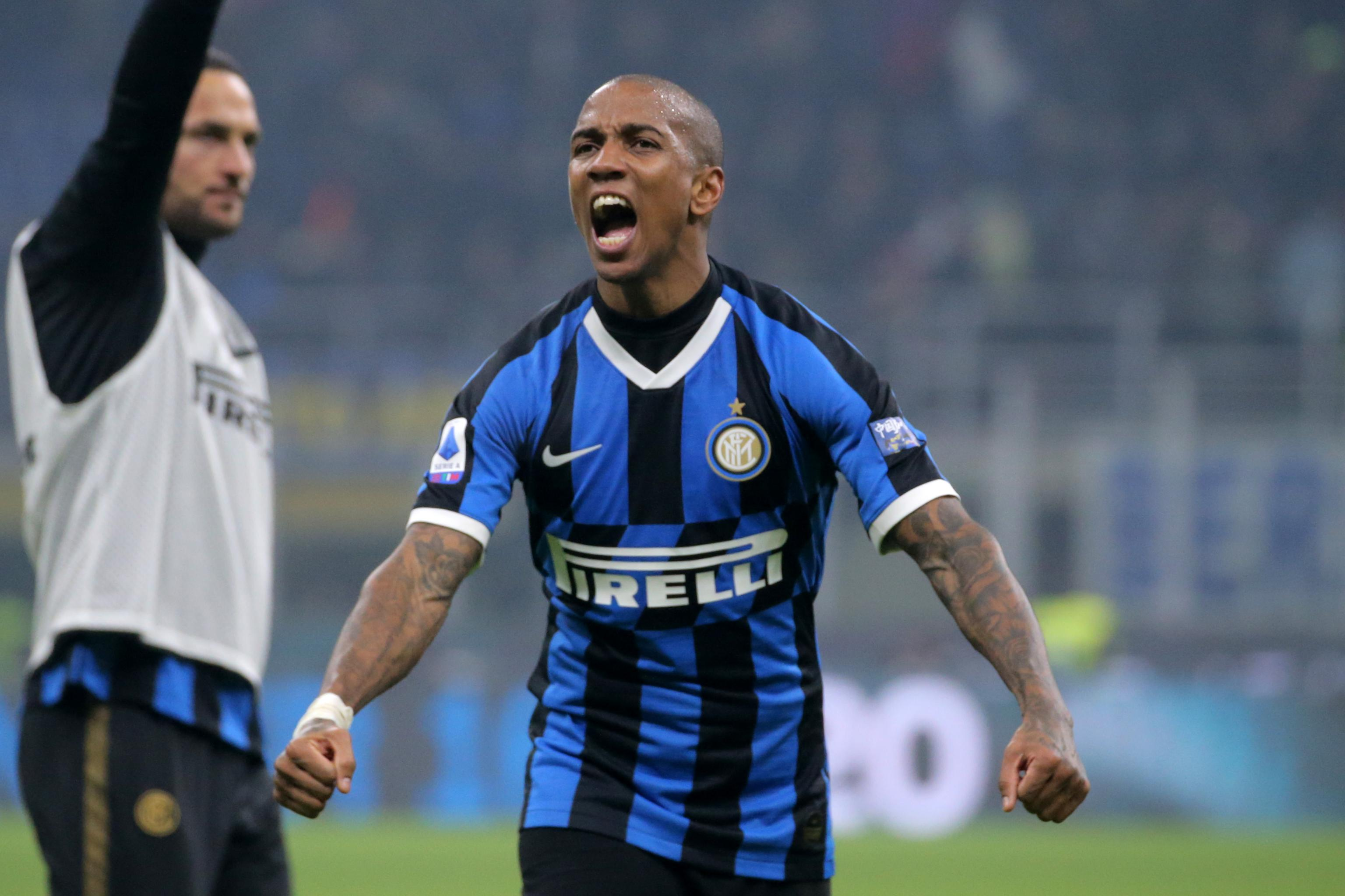 Ashley Young Says Inter's Milan Derby Win Was an 'Unbelievable ...