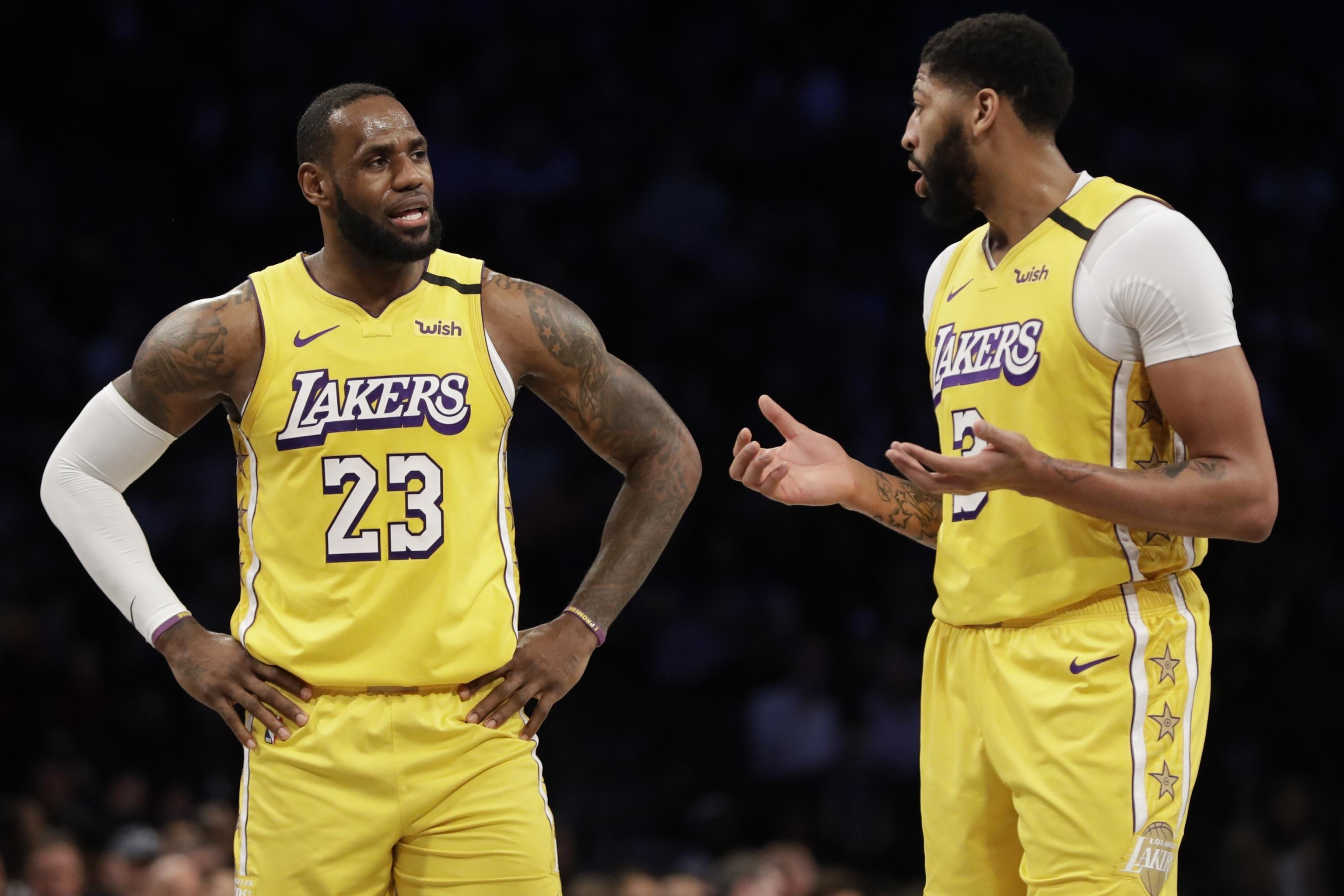 Rival Executives See Obvious Flaws In Lakers Roster But Help Is