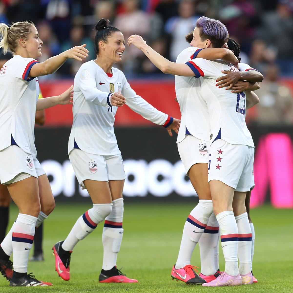 USSF Accused of 'False Narrative' as USA Women's Soccer Players Pursue Equal Pay