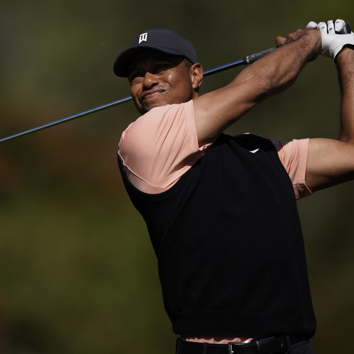 Tiger Woods Talks 'Ironic' 24-Foot, 8-Inch Kobe Bryant Putt at Genesis Open thumbnail