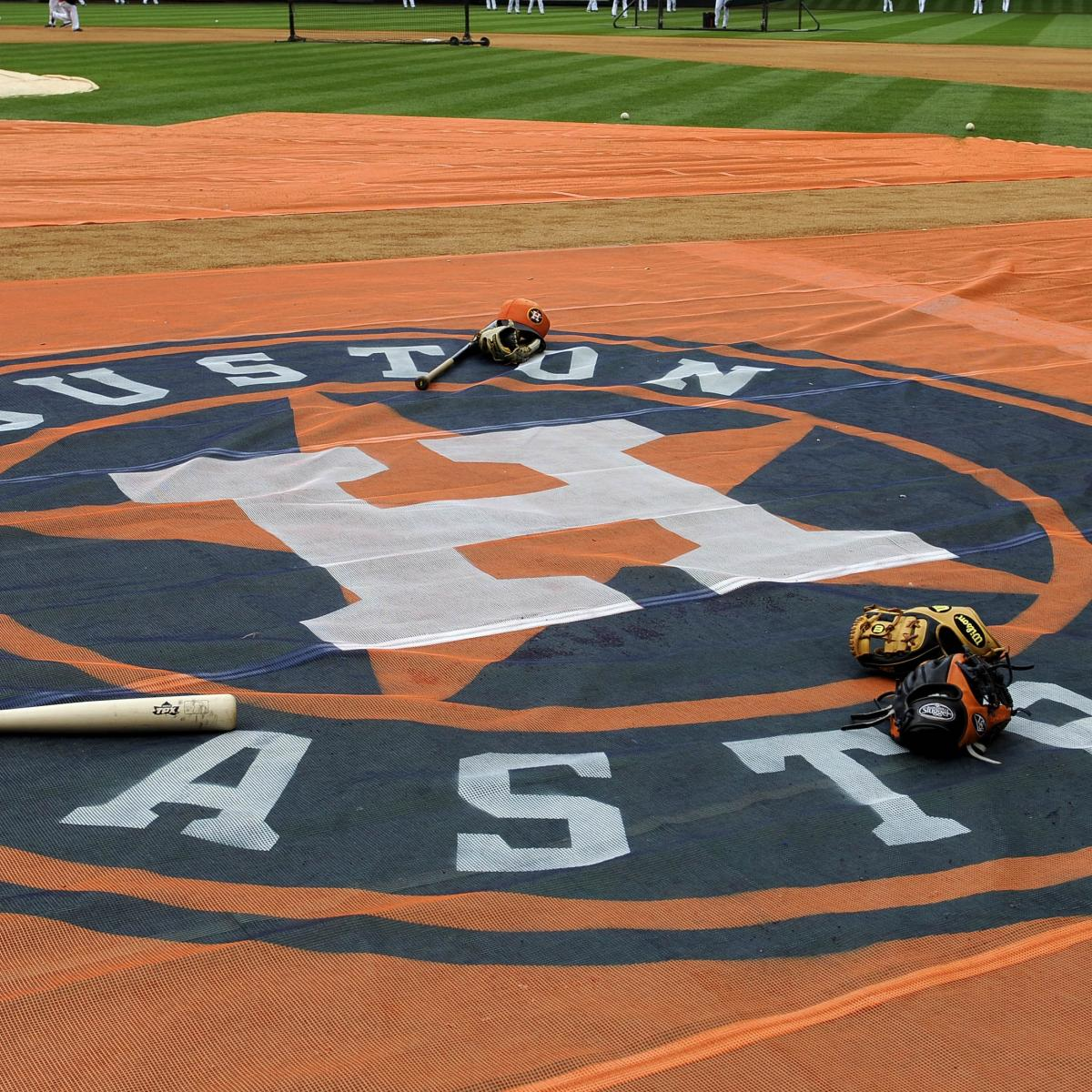 Report: MLB Would've Been 'Smoked' in Grievances Had It Punished Astros Players