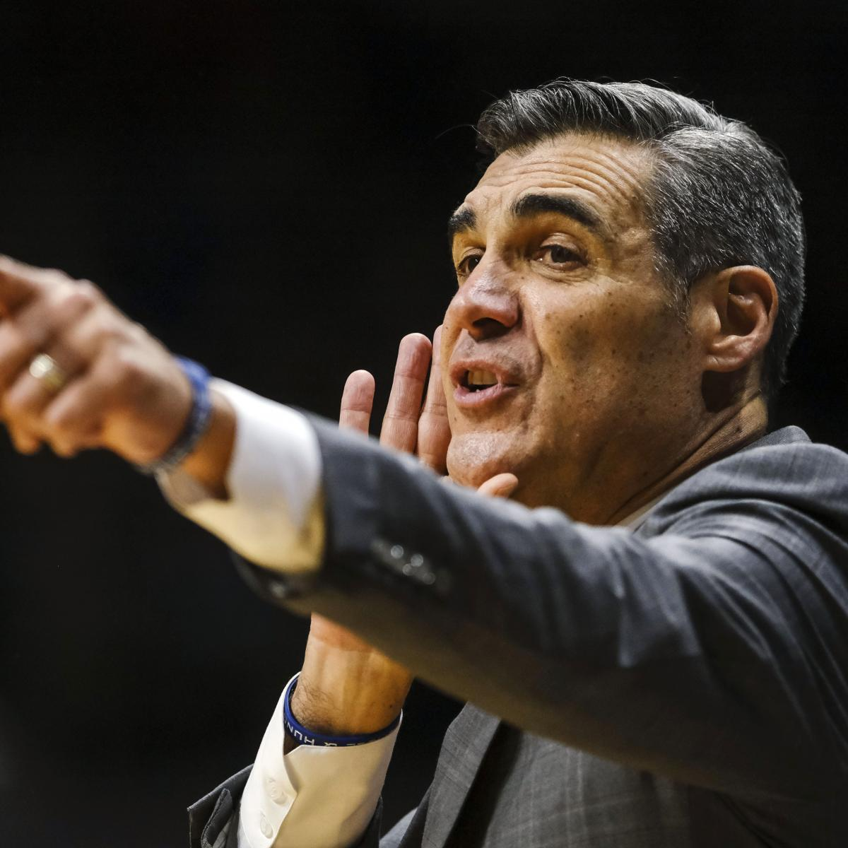 Knicks Rumors: Jay Wright Would Need to Be 'Overwhelmed' to Leave Villanova