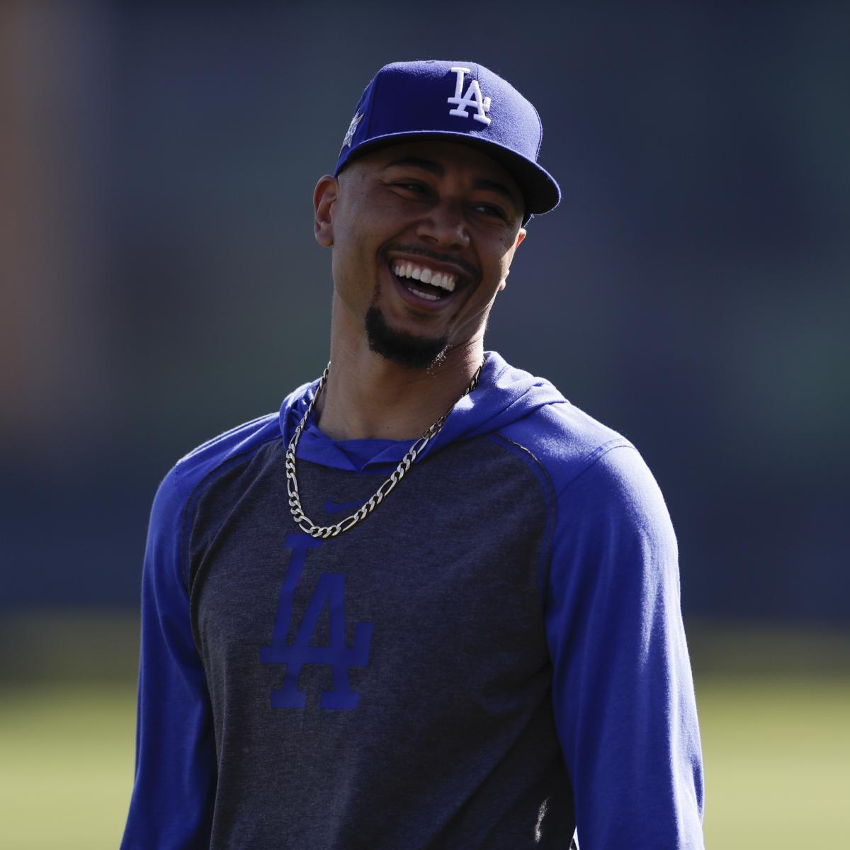 Mookie Betts Expected to Bat Leadoff for Dodgers After Trade, Says Dave Roberts