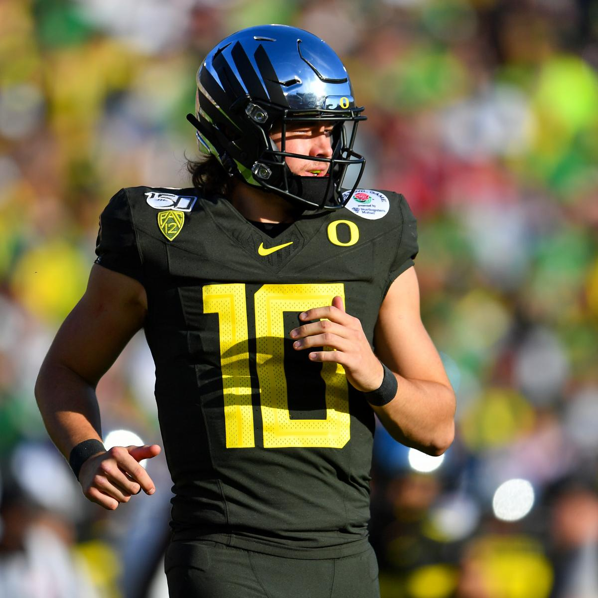 Oregon's Justin Herbert Ranked 1st Ahead of LSU's Joe Burrow by Anonymous Scout