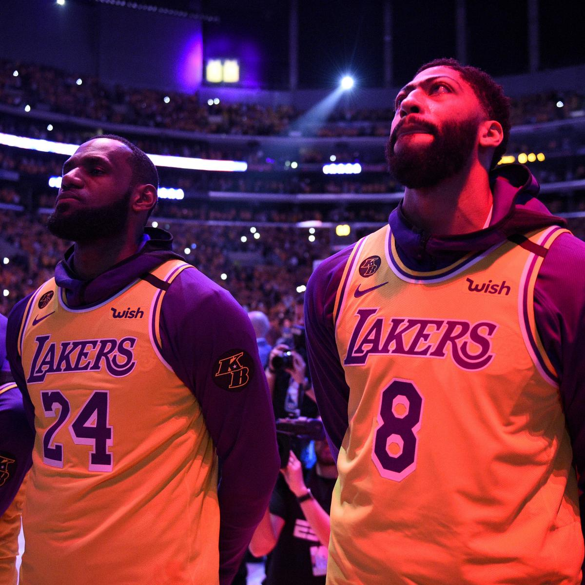 LeBron James, Lakers Discuss Learning About Kobe Bryant's Death on Team Plane