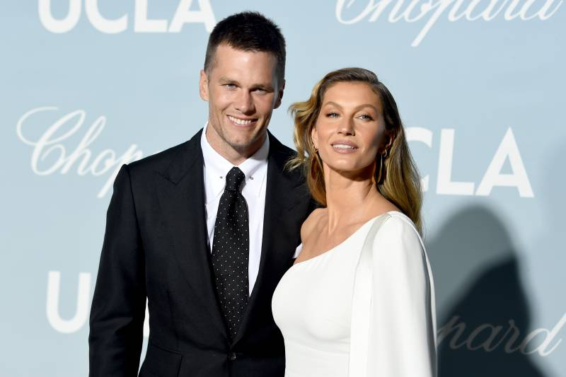 LOS ANGELES, CALIFORNIA - FEBRUARY 21: (L-R) Tom Brady and Gisele Bündchen attend the 2019 Hollywood For Science Gala at the Private Residence on February 21, 2019 in Los Angeles, California. (Photo by Kevin Winter / Getty Images)