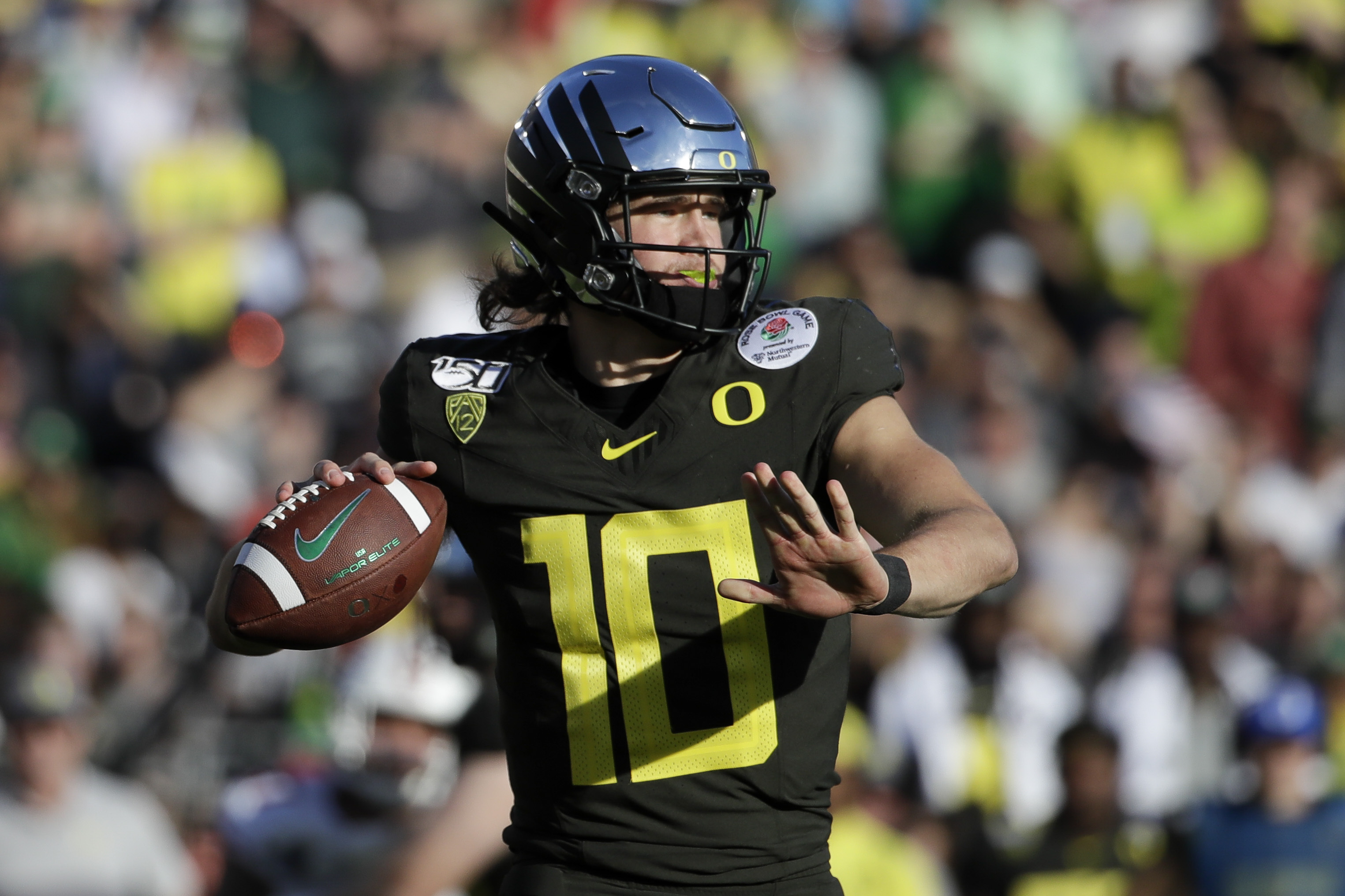 Oregon Coaches Honked Car Horns Outside Herbert S House After Chargers Draft Qb Bleacher Report Latest News Videos And Highlights