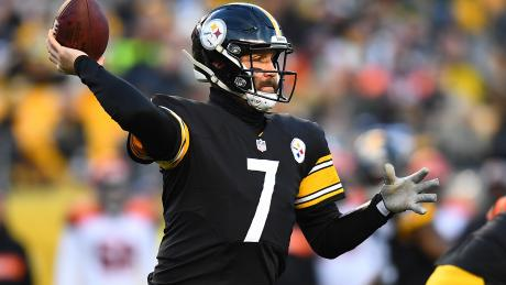 38-yr-old QB transforms Steelers into contenders