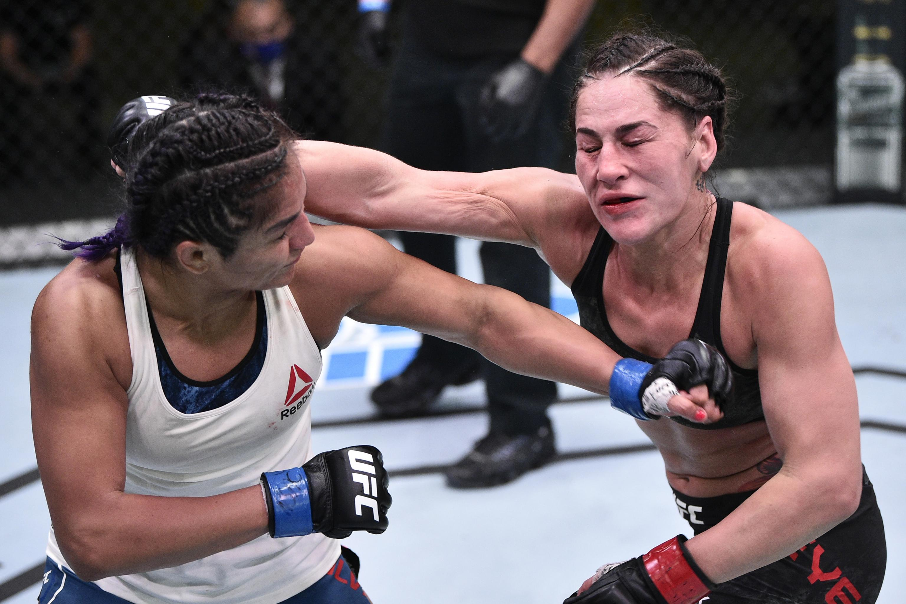 UFC Fight Night Results: Cynthia Calvillo Beats Jessica Eye Via Decision |  Bleacher Report | Latest News, Videos and Highlights