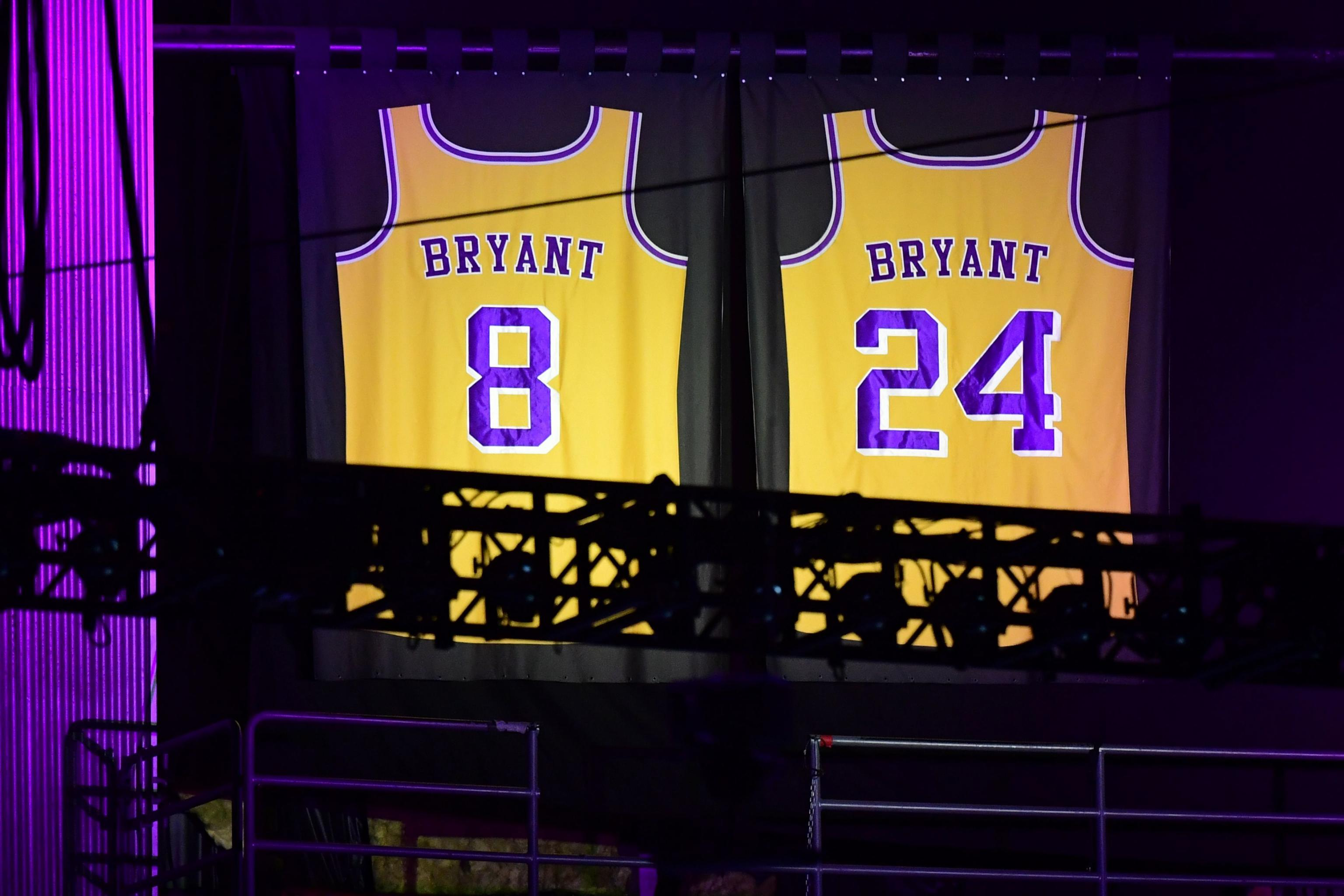 Kobe Bryant Honored With Snoop Dogg Tribute Song During 2020 Espys Bleacher Report Latest News Videos And Highlights