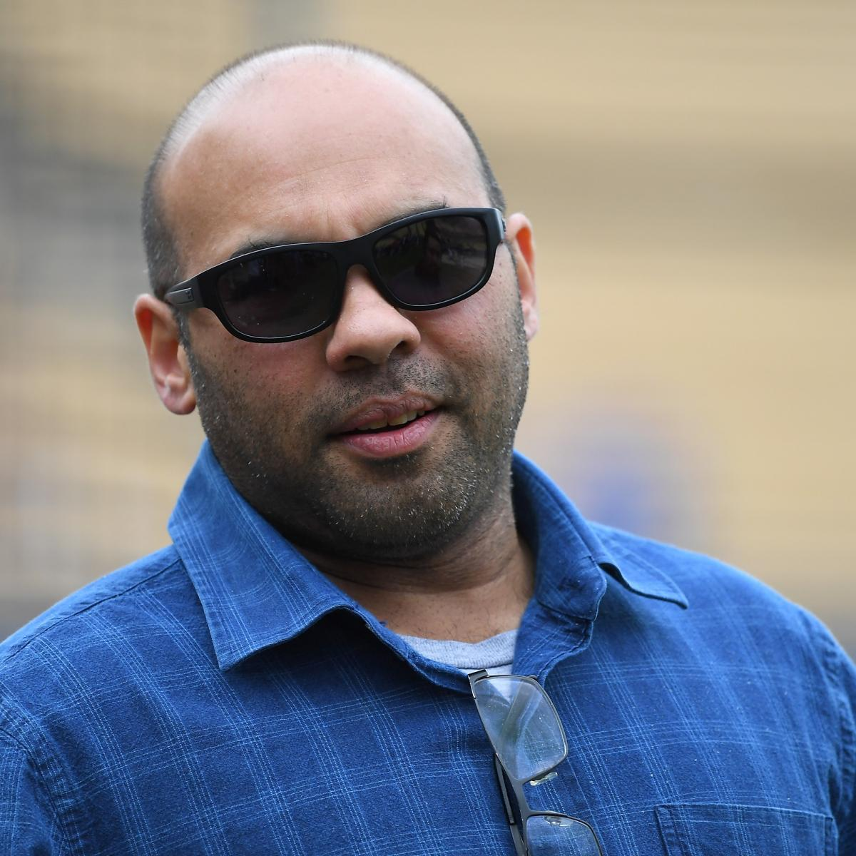 Giants' Farhan Zaidi on Scottsdale Councilman's Mask Comments: 'F--k That Guy'