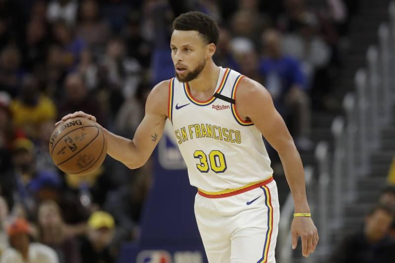 NBA現役可以無限開火的5大球星,Booker墊底,柯瑞在列,榜首越投教練越嗨!