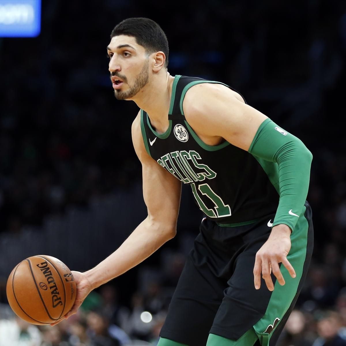 Celtics Video: Marcus Smart and Enes Kanter's Swim Race Comes Down to the Wire thumbnail