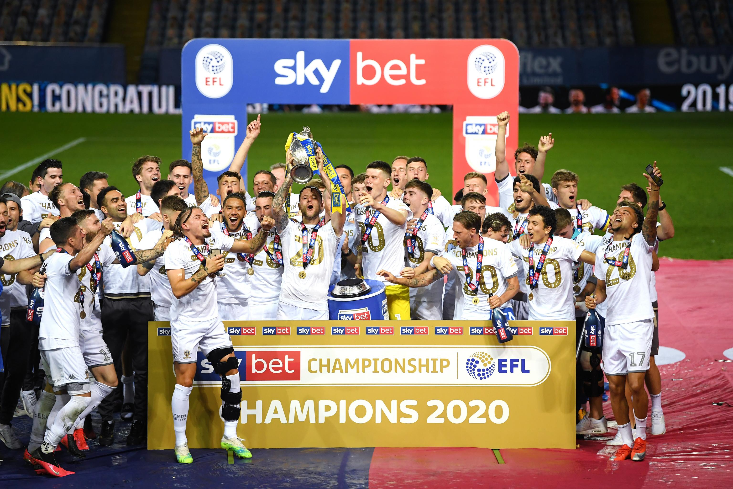 Leeds United Are Back in the Premier League: Will Edinson Cavani Join Them?  | Bleacher Report | Latest News, Videos and Highlights