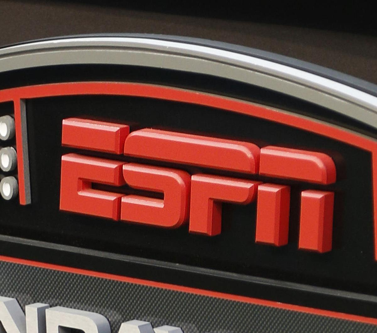 ESPN 8 the Ocho: Top Highlights, Funny Reaction, Schedule for Saturday's Events thumbnail