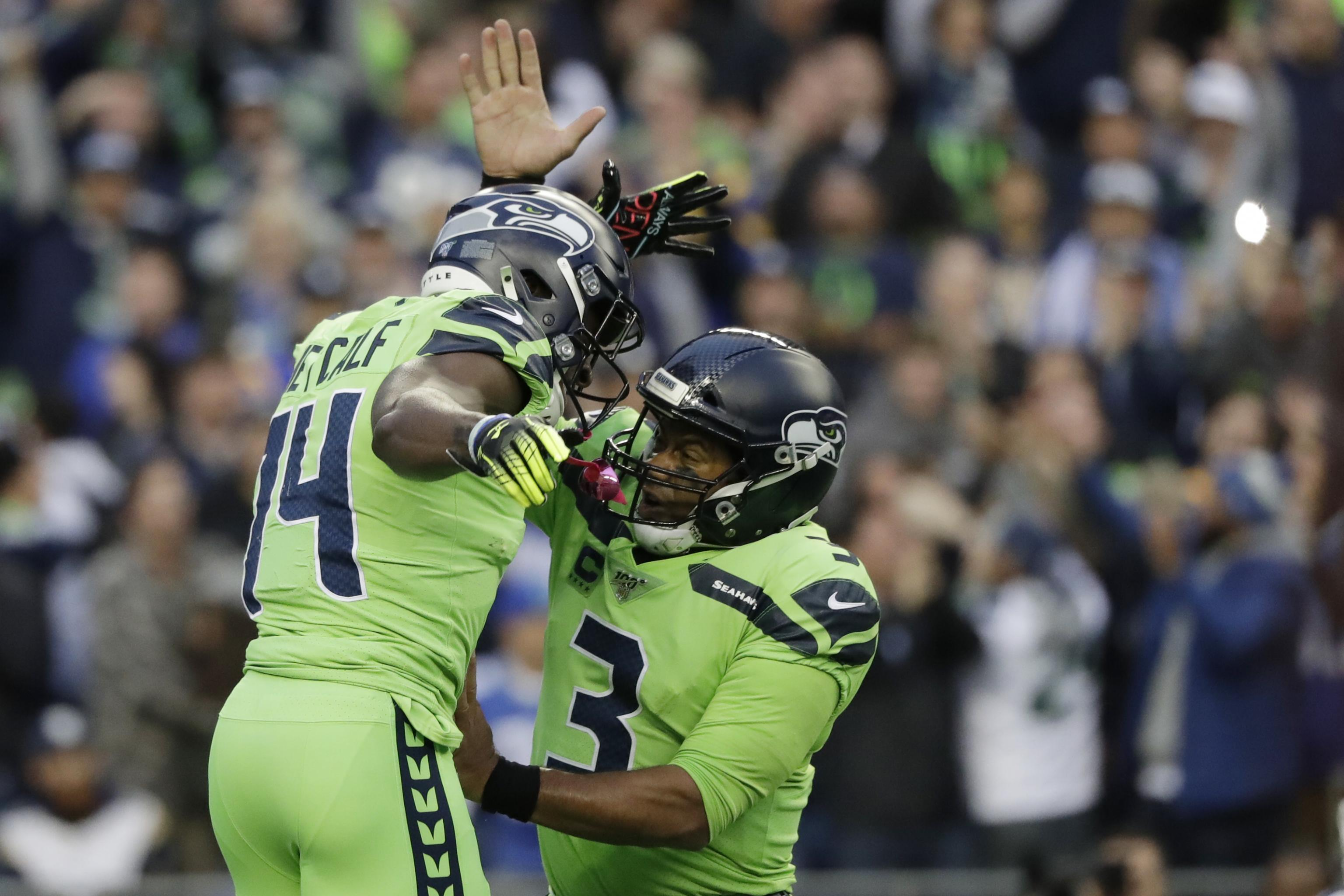 Seahawks Russell Wilson Says He Taught Dk Metcalf How To Swim In Offseason Bleacher Report Latest News Videos And Highlights