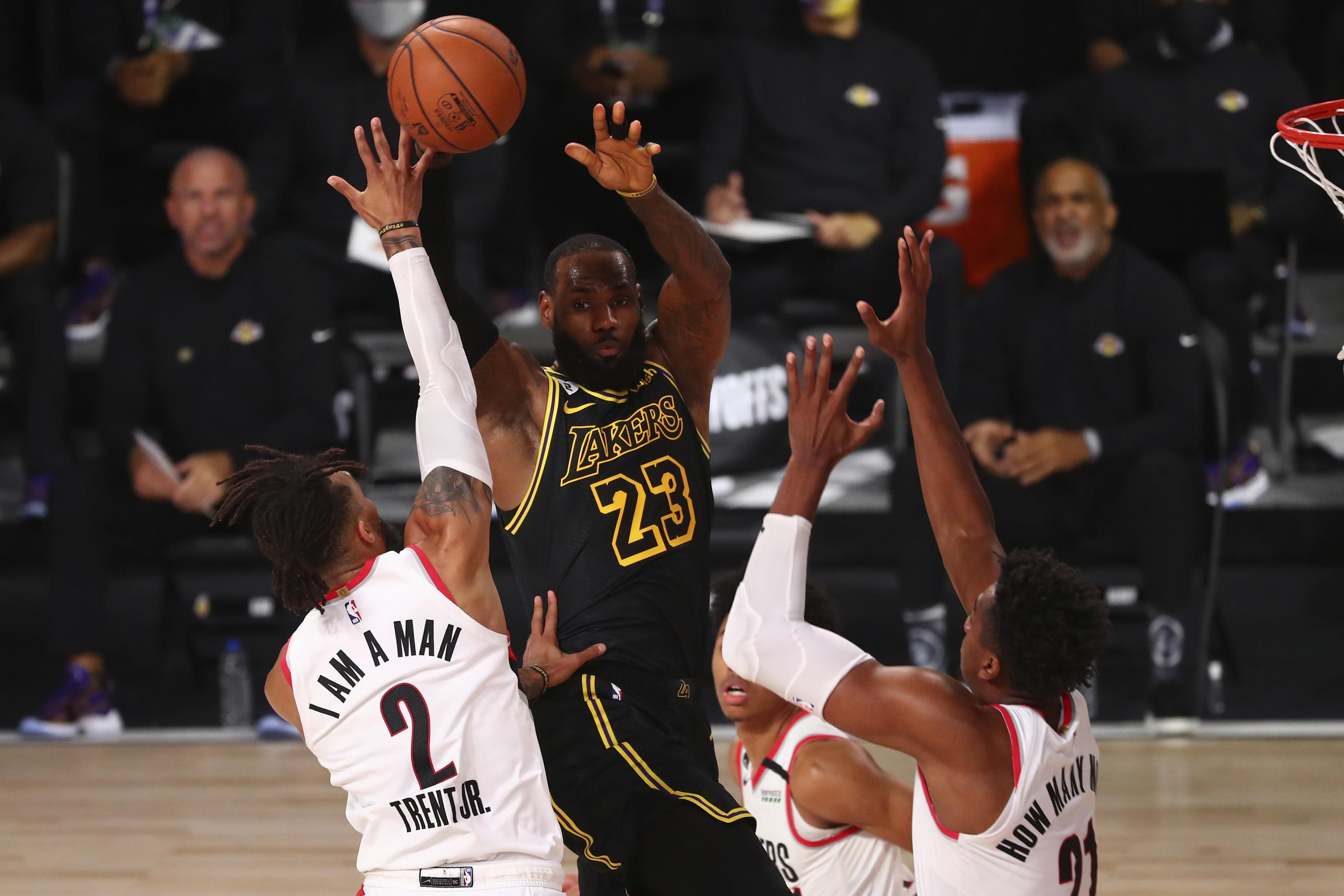 Lebron James Anthony Davis Power Lakers To Blowout Win Over Blazers In Game 4 Bleacher Report Latest News Videos And Highlights