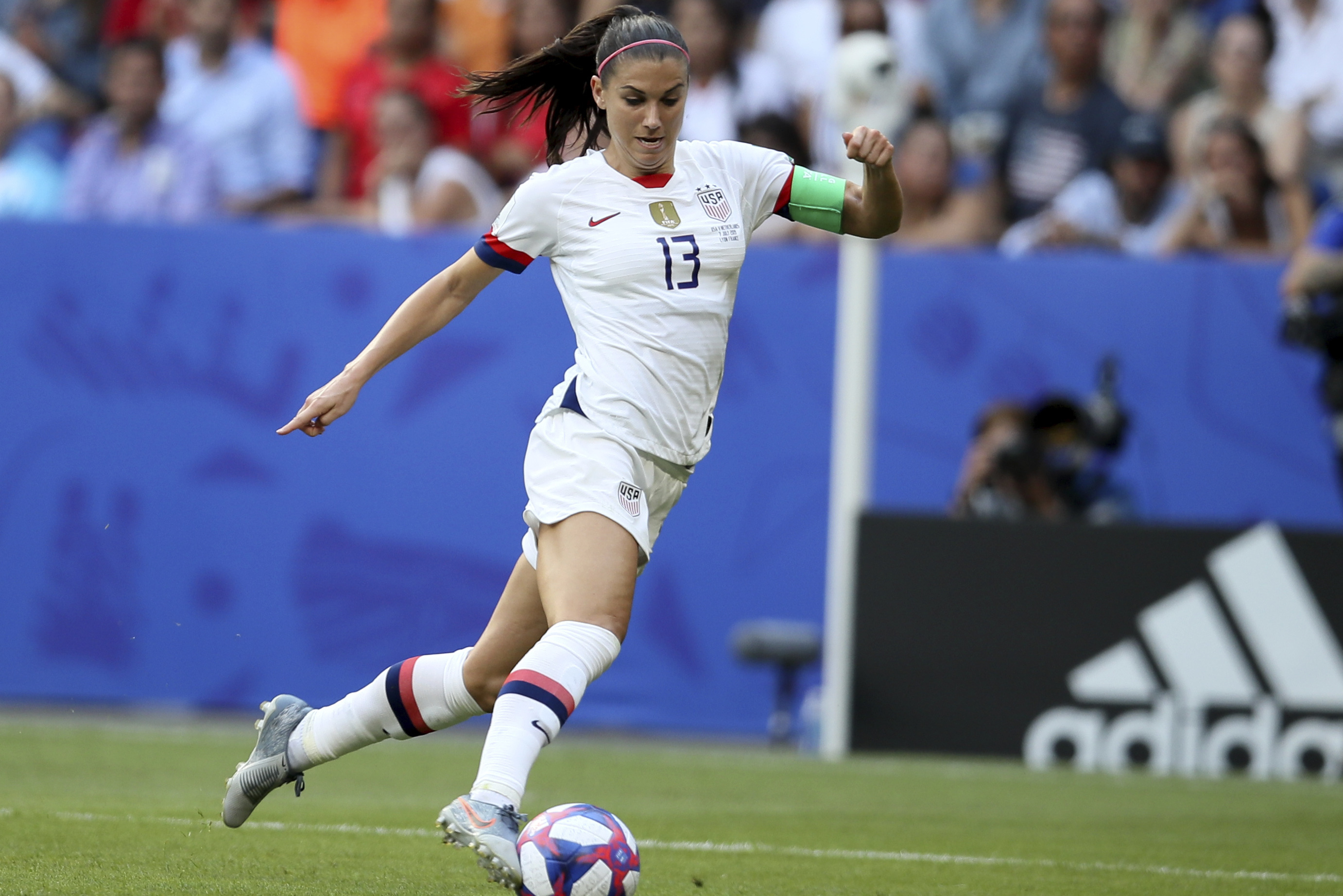 Uswnt S Alex Morgan Agrees To Join Tottenham On Loan From Orlando Pride Bleacher Report Latest News Videos And Highlights