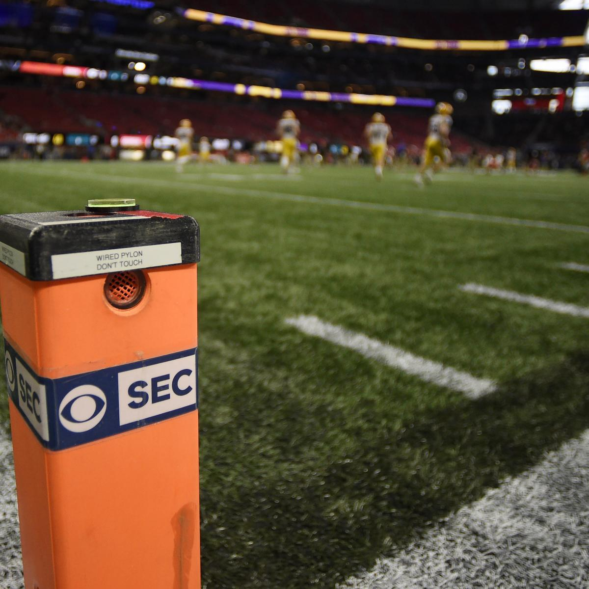 SEC Football Players to Wear Devices for COVID-19 Contact Tracing thumbnail