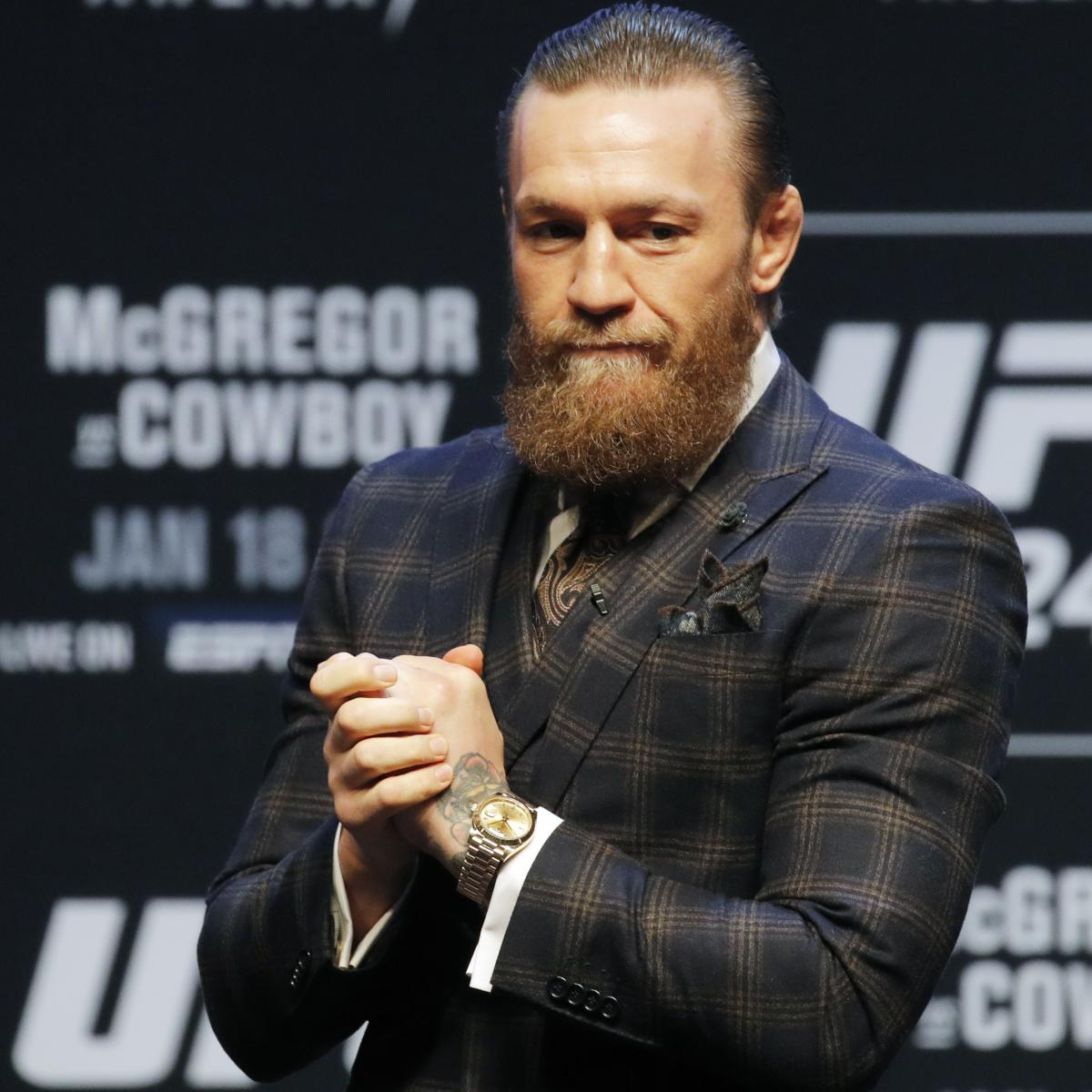 Conor McGregor Posts DMs from UFC's Dana White Discussing Tony Ferguson Fight