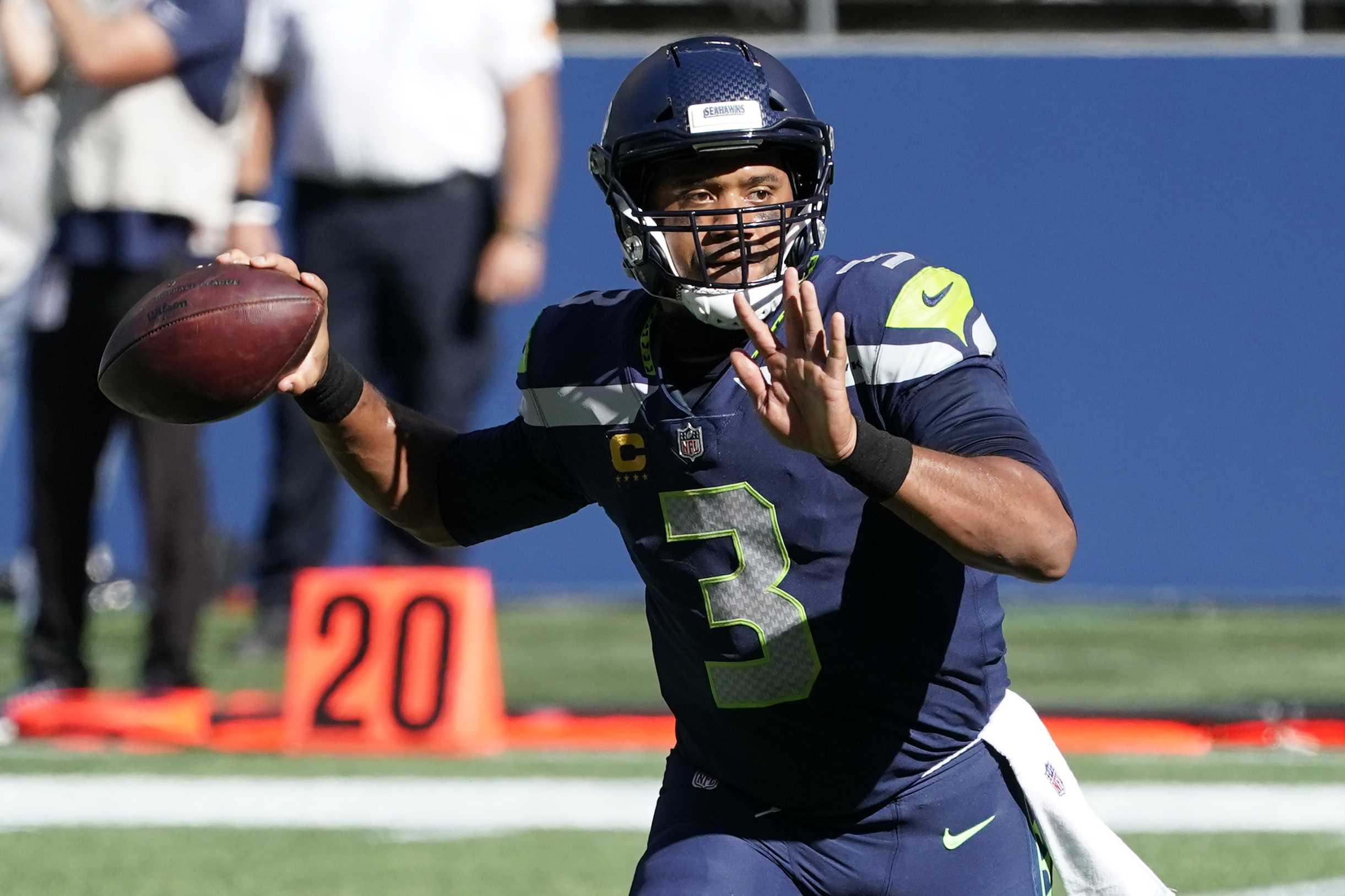 Russell Wilson Breaks Patrick Mahomes' NFL Record for TD Passes in 1st 3 Games