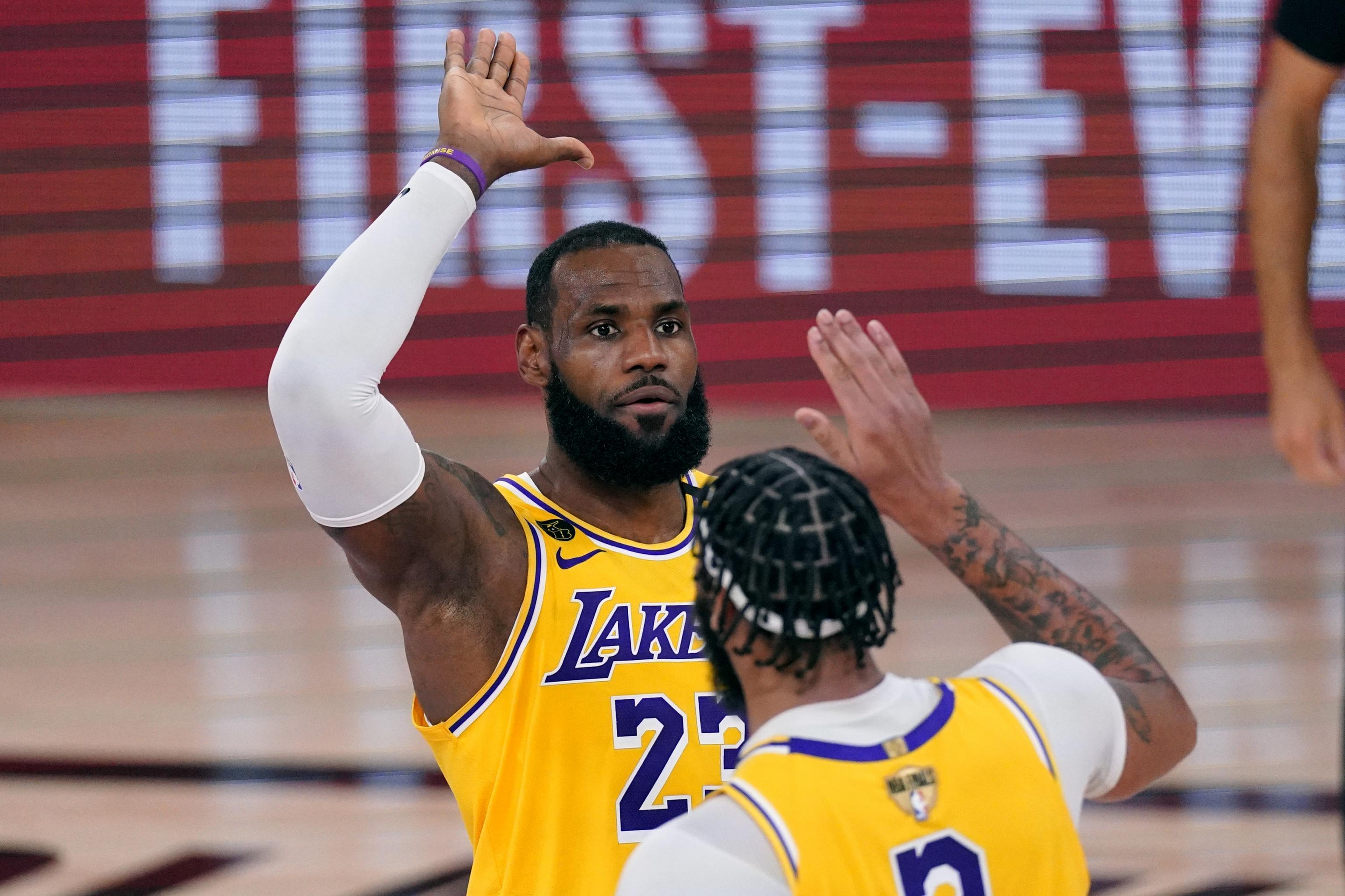Heat Vs Lakers Game 2 Tv Schedule Live Stream Odds For 2020 Nba Finals Bleacher Report Latest News Videos And Highlights