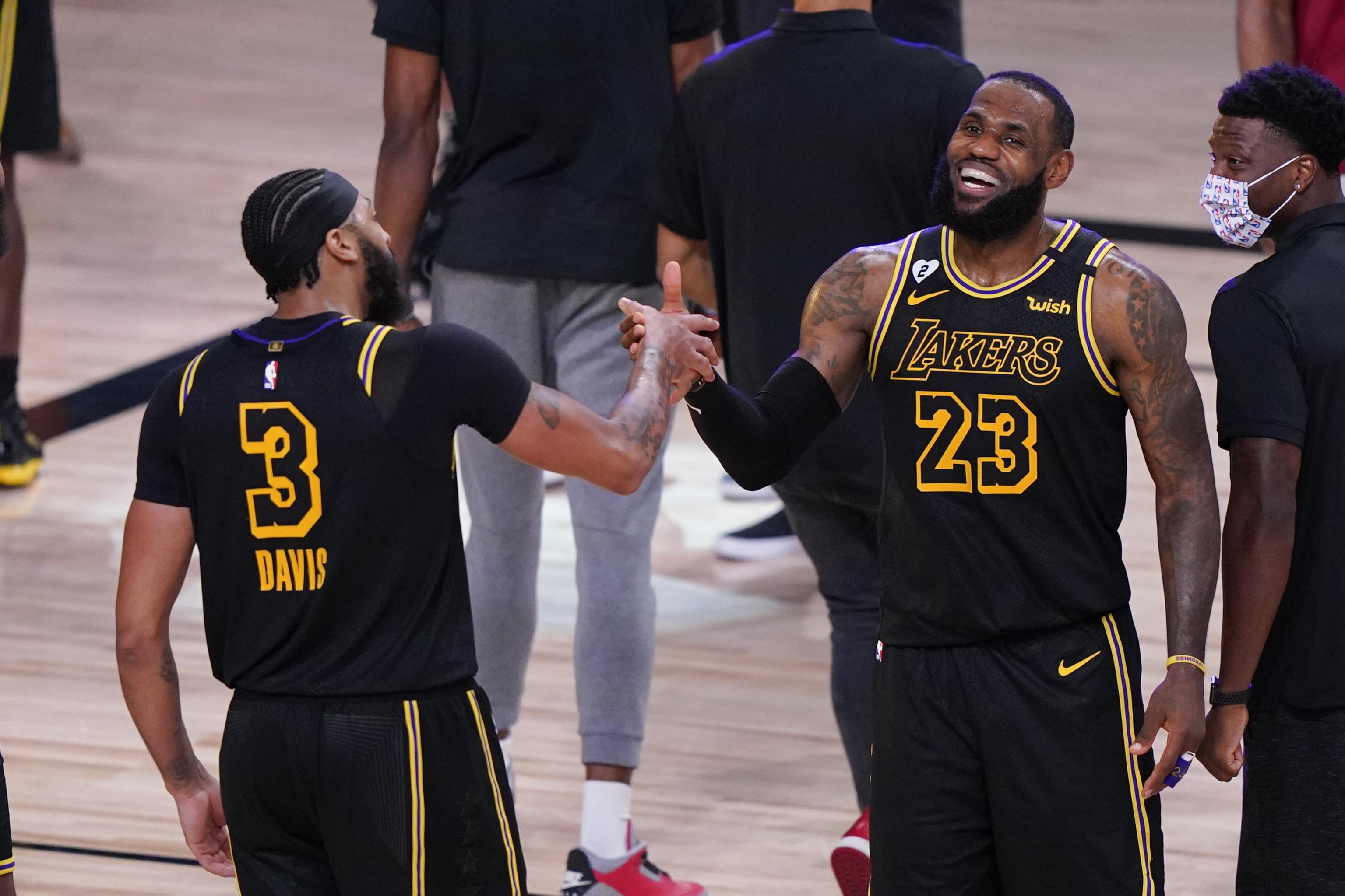 Lakers To Wear Black Mamba Jerseys Honoring Kobe Bryant For Game 5 Vs Heat Bleacher Report Latest News Videos And Highlights