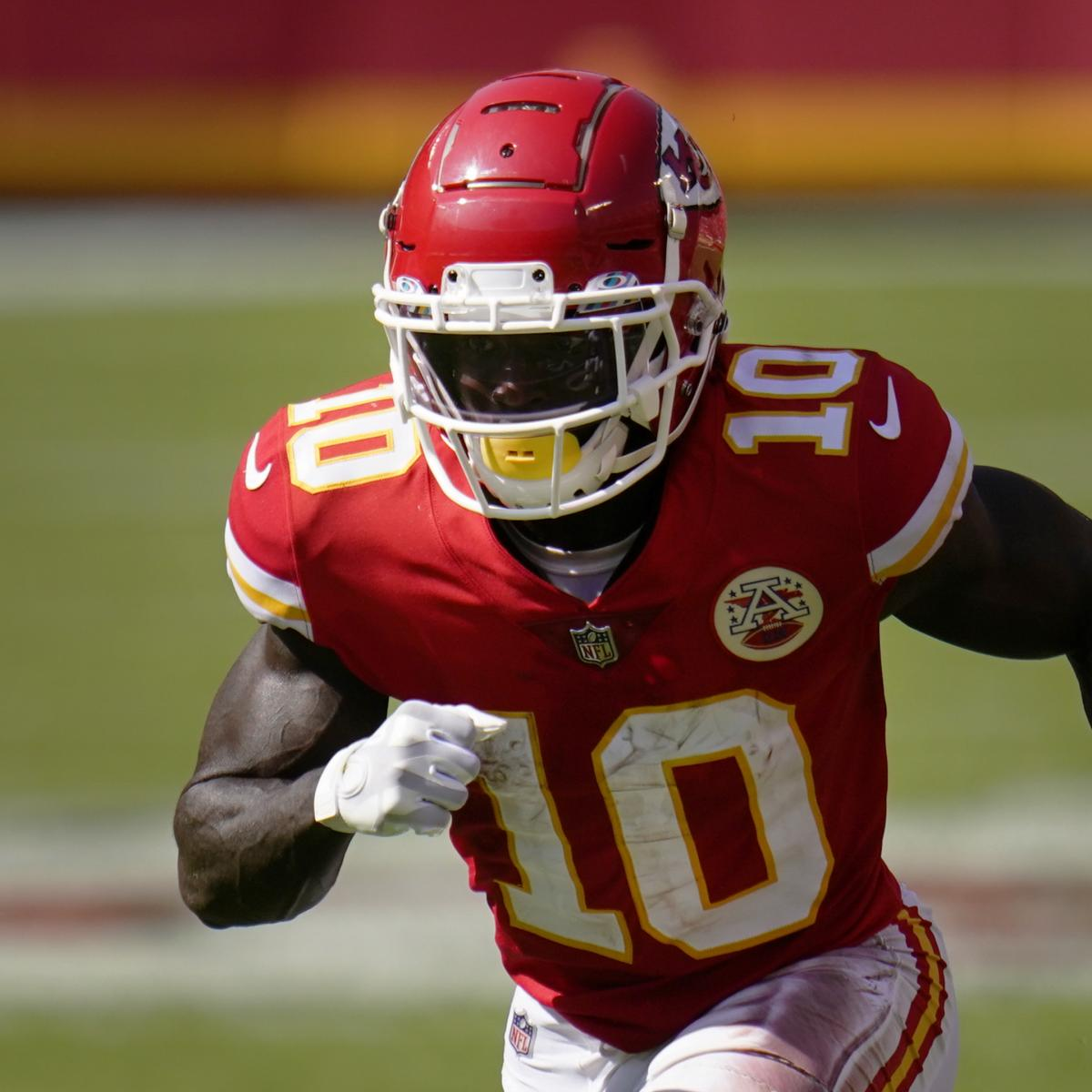 NFL Predictions Week 6: Final Odds Projections and Fantasy Stars to Watch