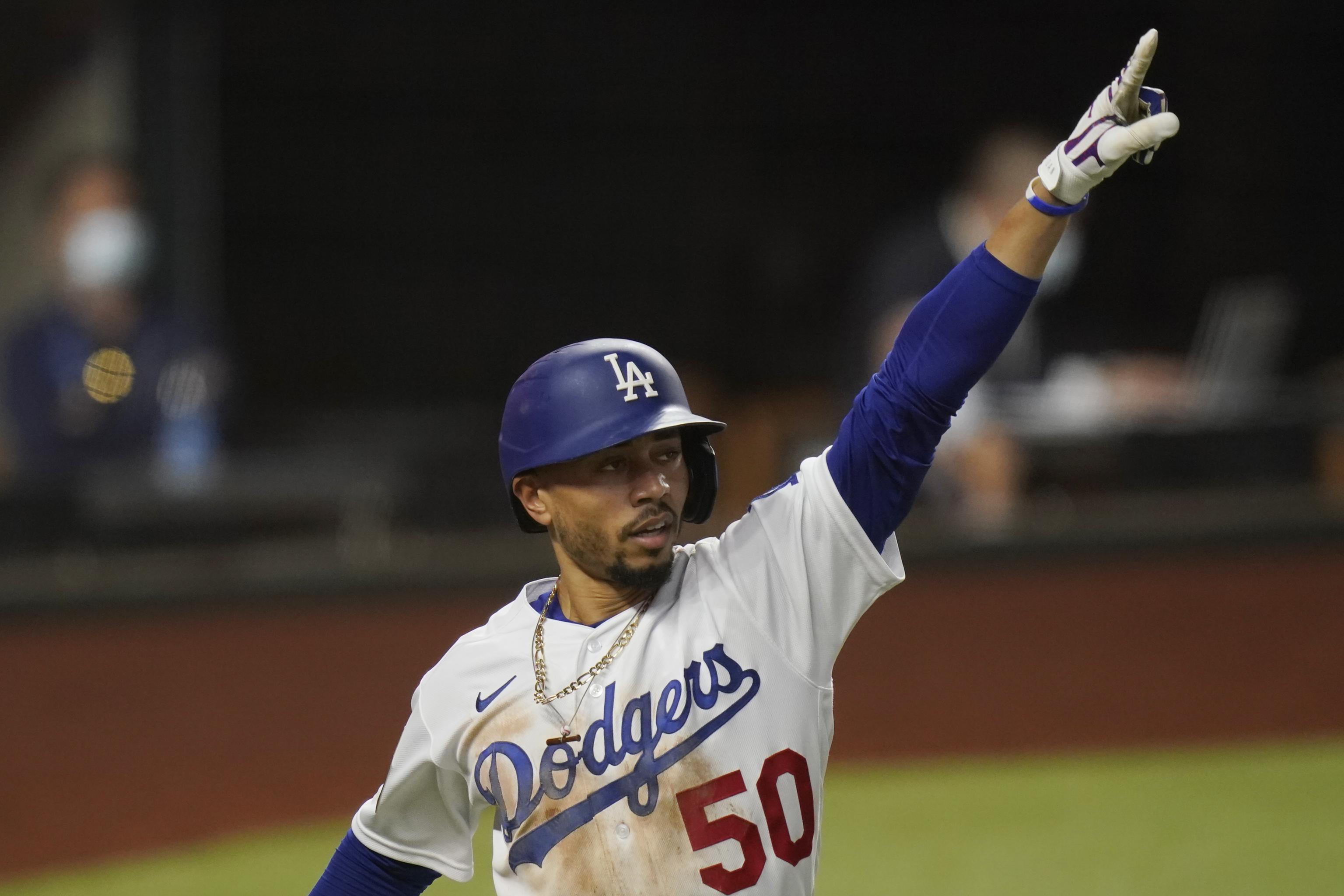 Mookie Betts, Clayton Kershaw Flash Dodgers' Lethal Edge over Rays in Game  1 | Bleacher Report | Latest News, Videos and Highlights