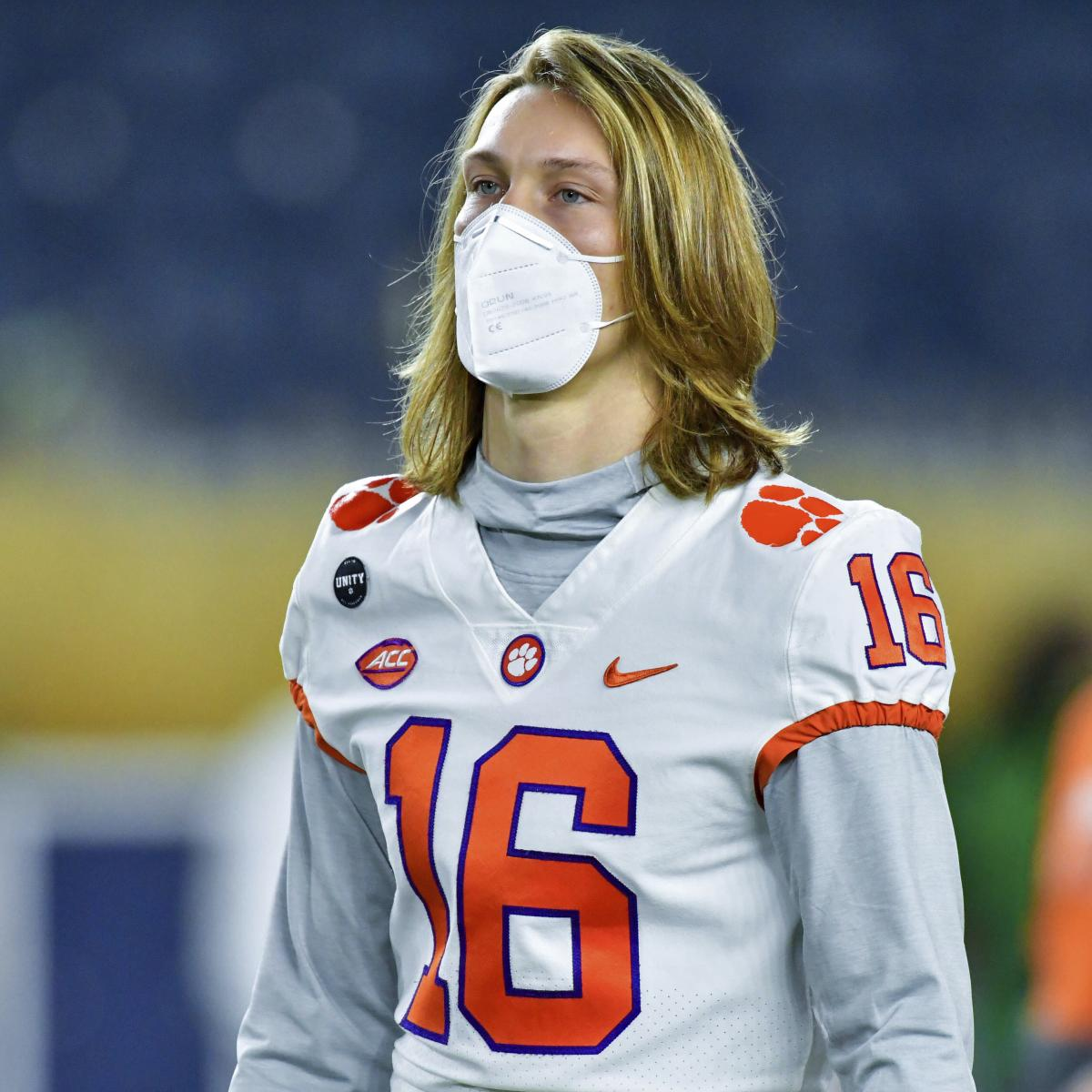 Clemson's Trevor Lawrence to Return to Practice Monday, Dabo Swinney Says
