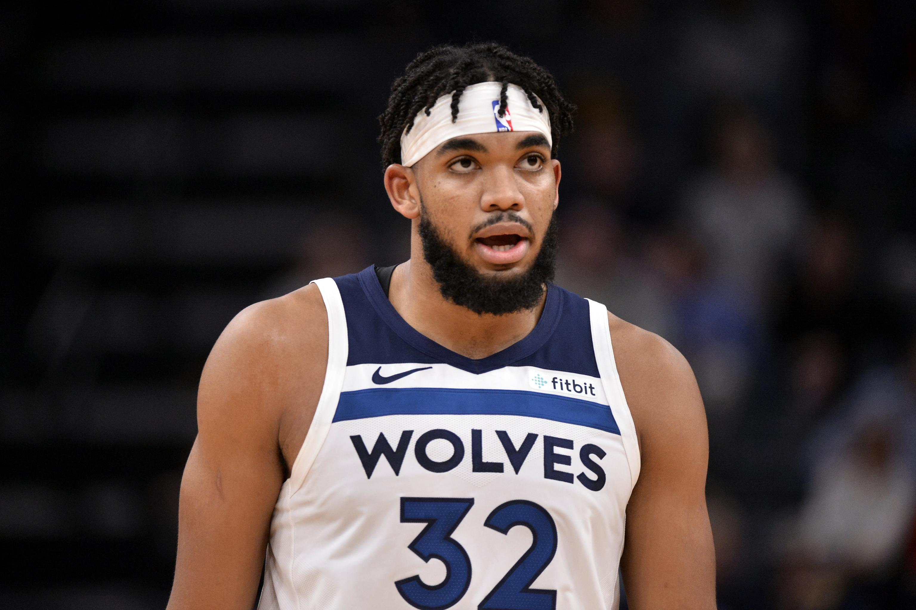 Karl Anthony Towns Says He Lost 7 Family Members To Covid 19 Including His Mom Bleacher Report Latest News Videos And Highlights
