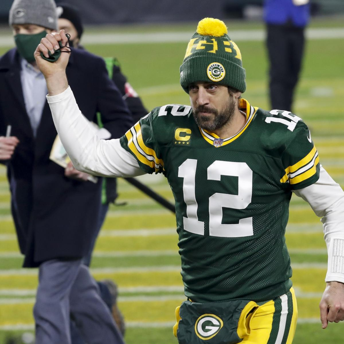 Aaron Rodgers Explains Viral Video of Him Smirking at Line of Scrimmage vs. Rams