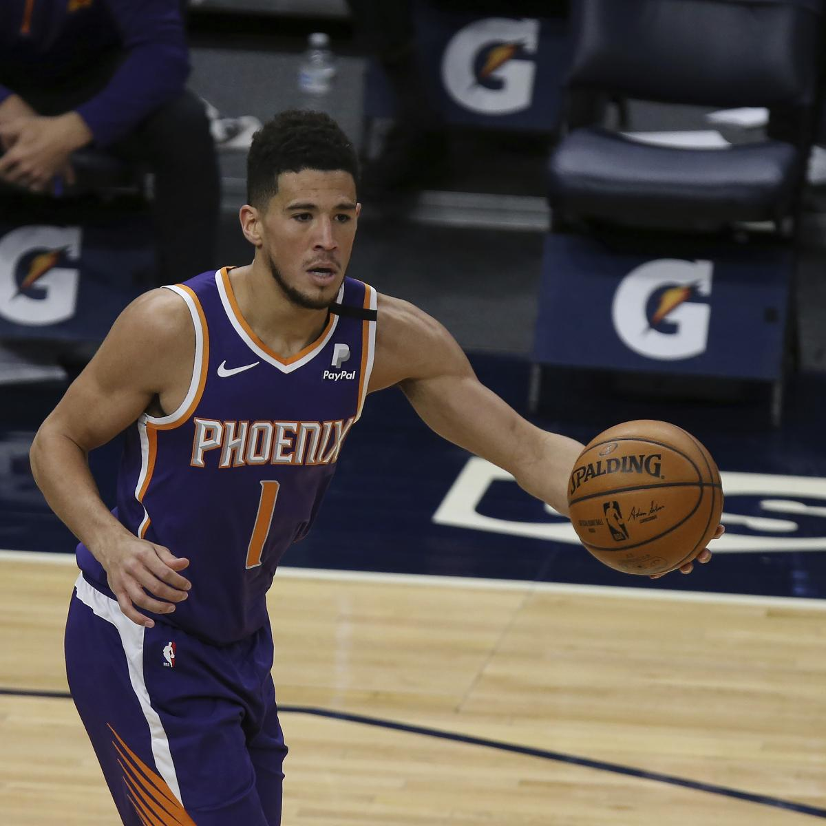 Suns' Devin Booker Ejected vs. Lakers After 2 Straight Technical Fouls