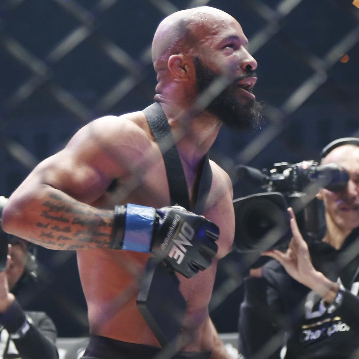 Demetrious Johnson Talks Adriano Moraes Fight, World Title, More in B/R AMA thumbnail