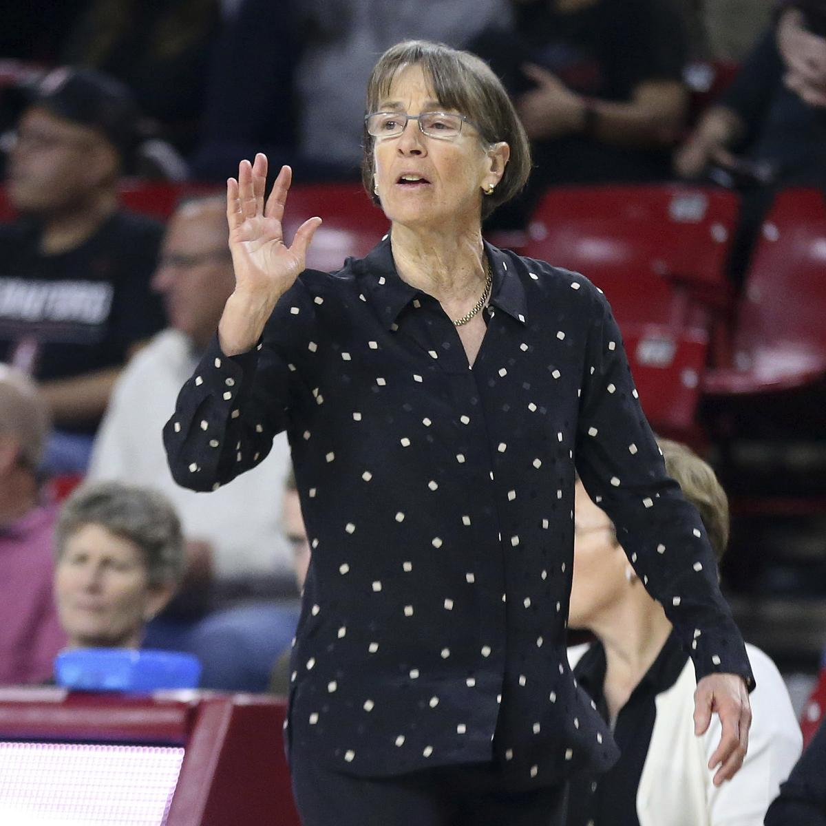 Stanford's Tara VanDerveer Wins 2021 Naismith Women's Coach of the Year