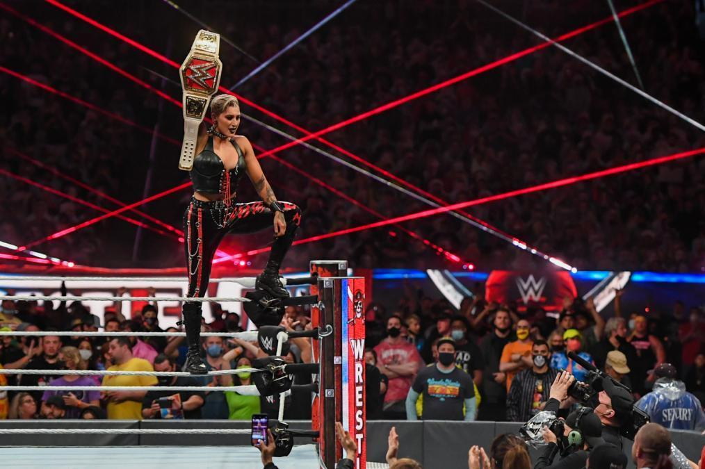 5 Bold Predictions for WWE Raw and SmackDown for the Remainder of 2021