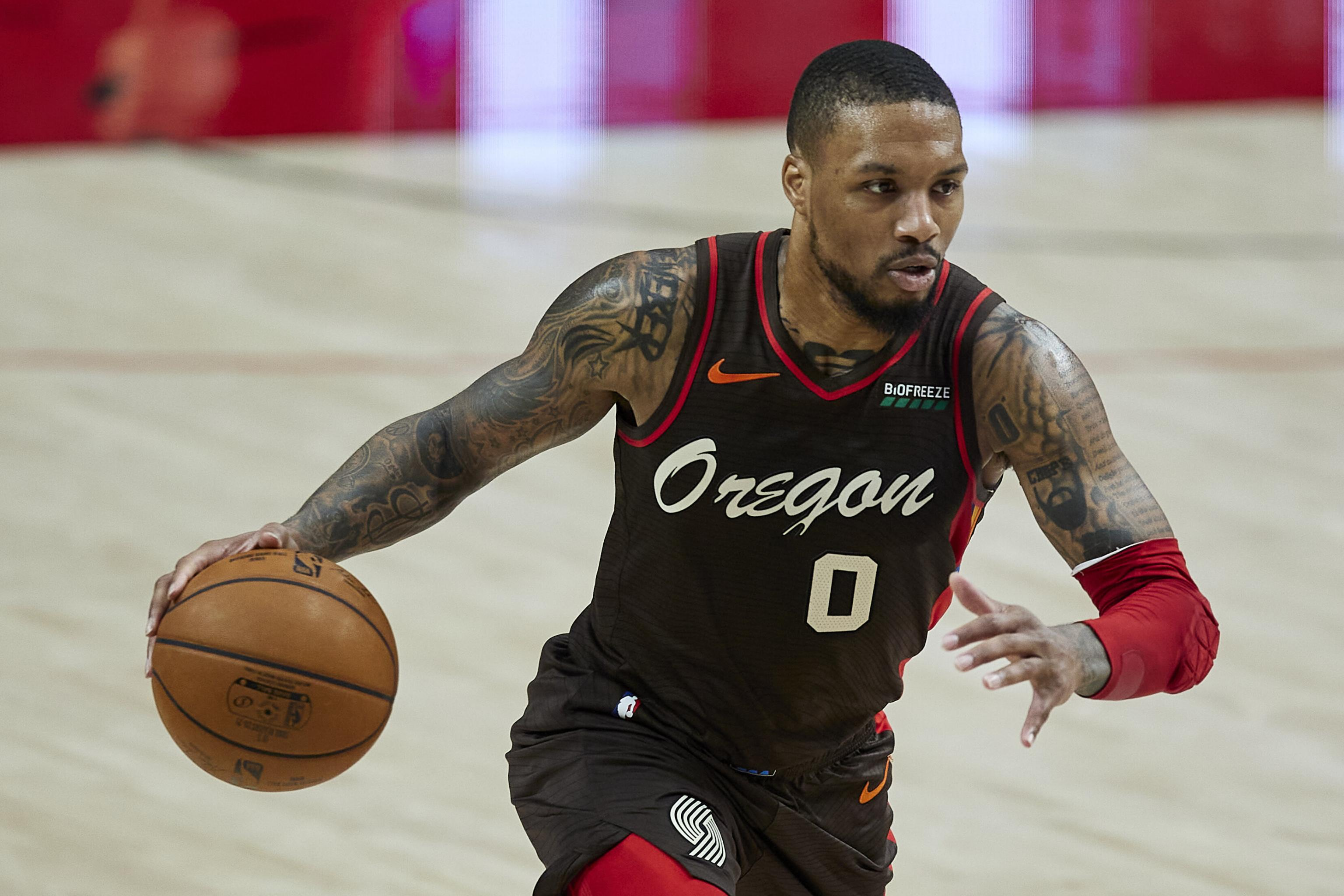 Damian Lillard Out For Trail Blazers Vs Spurs With Hamstring Injury Bleacher Report Latest News Videos And Highlights