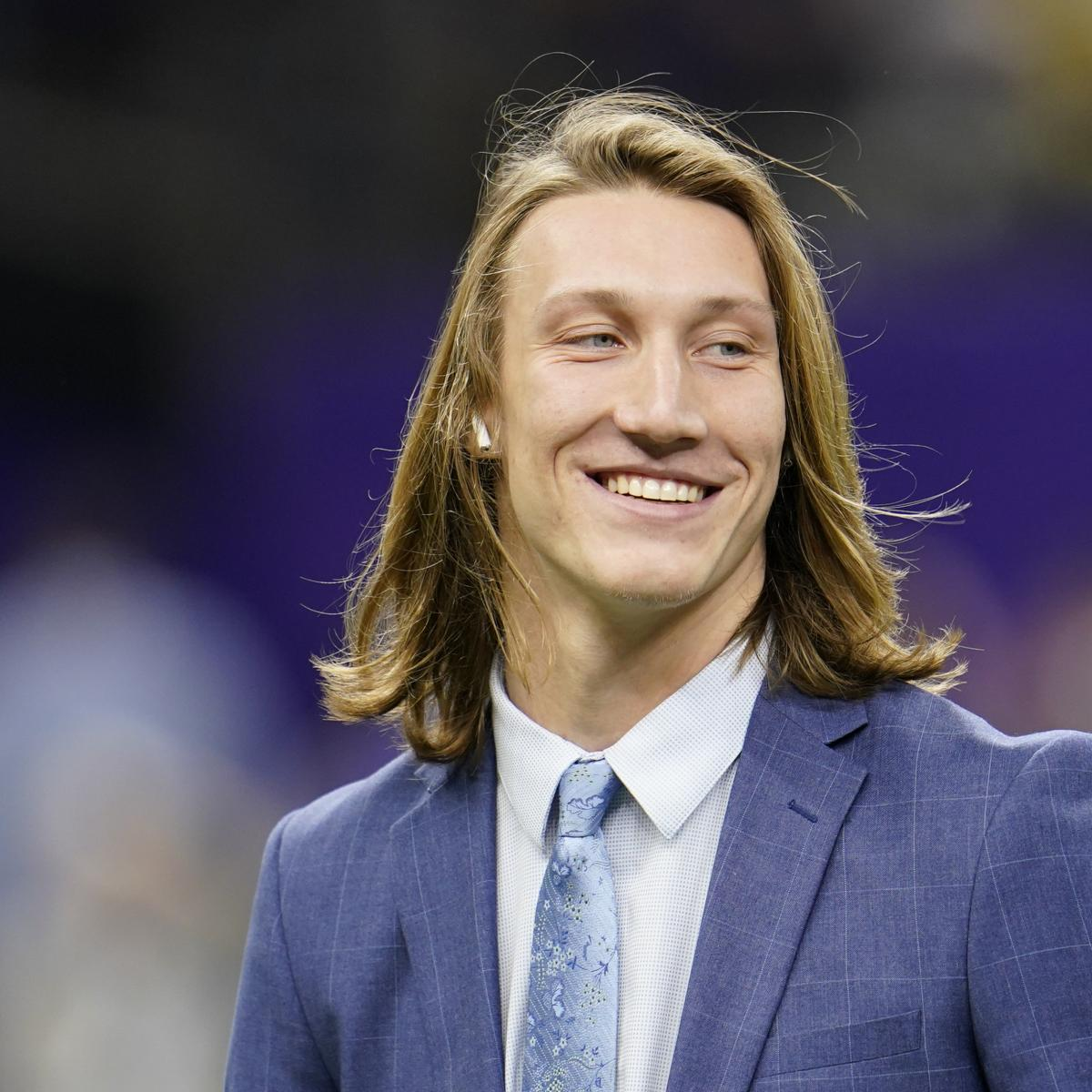 Report: Trevor Lawrence Signing Adidas Contract; Joins Aaron Rodgers, Mahomes thumbnail